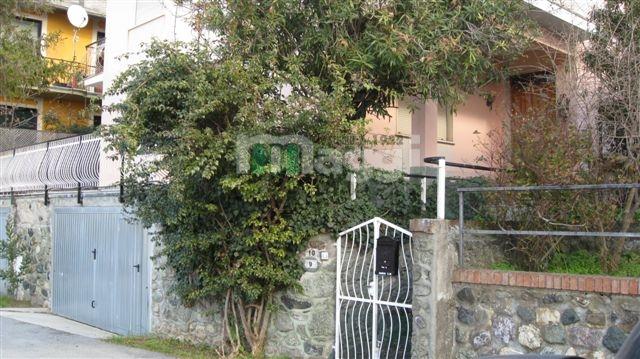 Appartamento in Vendita a Moneglia: 4 locali, 137 mq