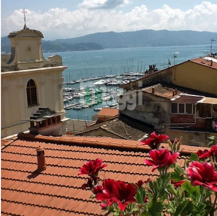 Appartamento in Vendita a Portovenere: 4 locali, 116 mq