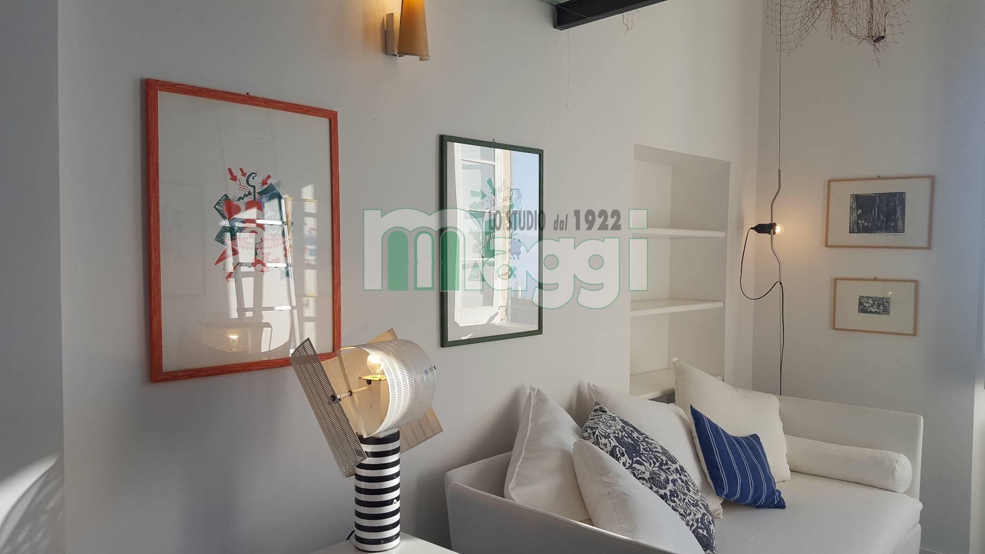 Appartamento in Vendita a Camogli: 2 locali, 46 mq