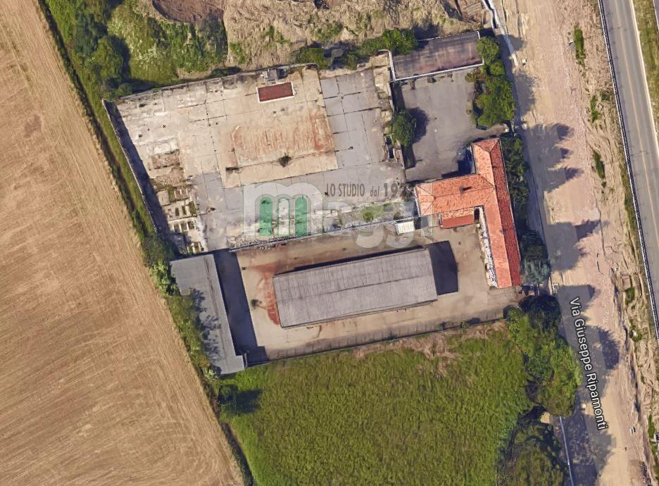 Terreno commerciale in Vendita a Milano: 5800 mq