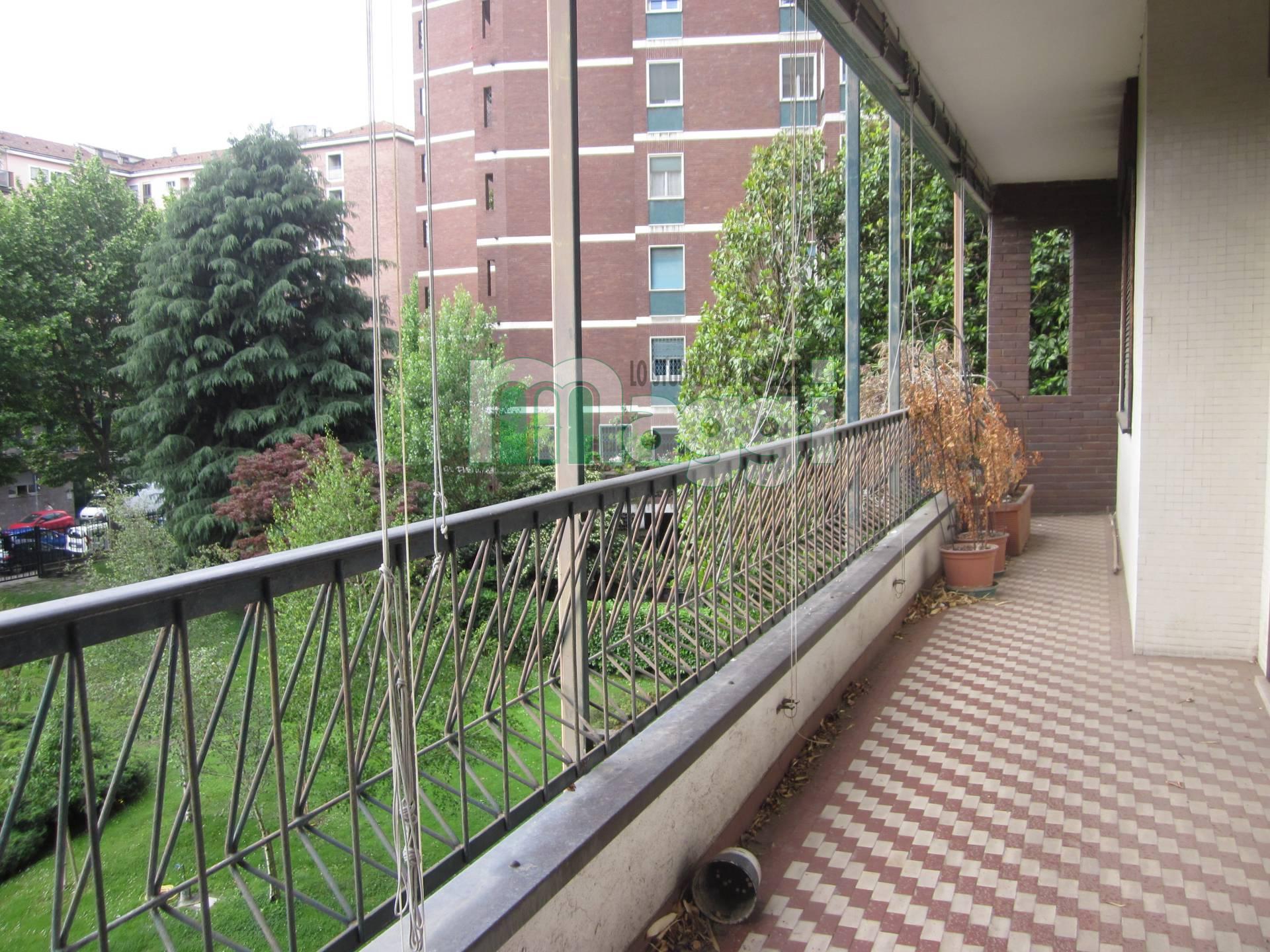 Appartamento in Vendita a Milano 12 Argonne / Indipendenza / Ascoli:  5 locali, 213 mq  - Foto 1