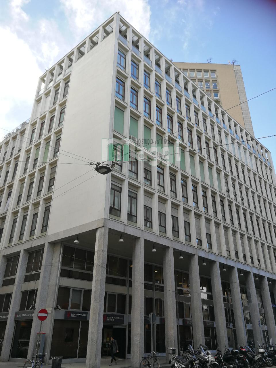 Ufficio-studio in Vendita a Milano: 5 locali, 230 mq