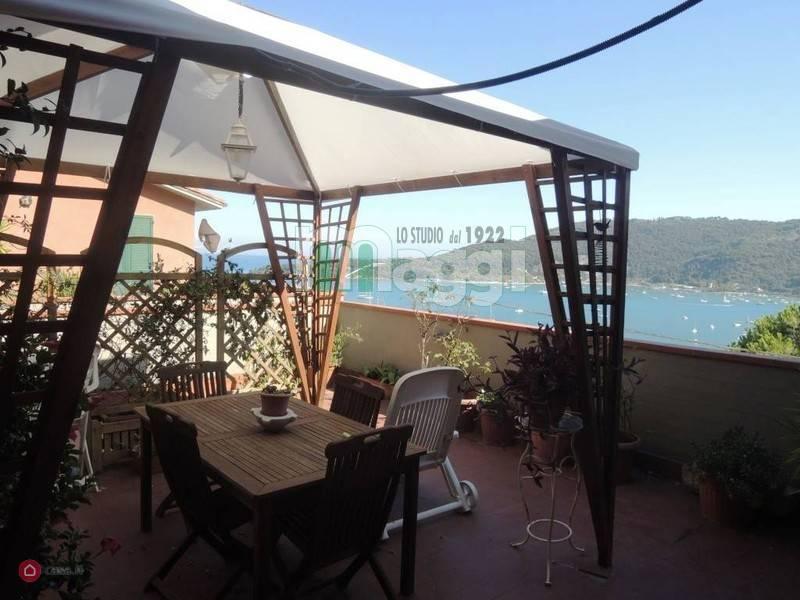 Appartamento in Vendita a Portovenere: 4 locali, 100 mq