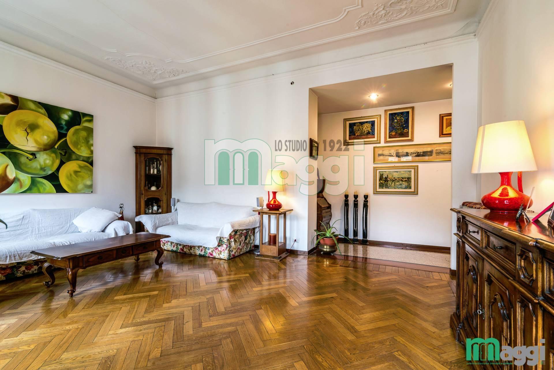Appartamento in Vendita a Milano: 5 locali, 170 mq