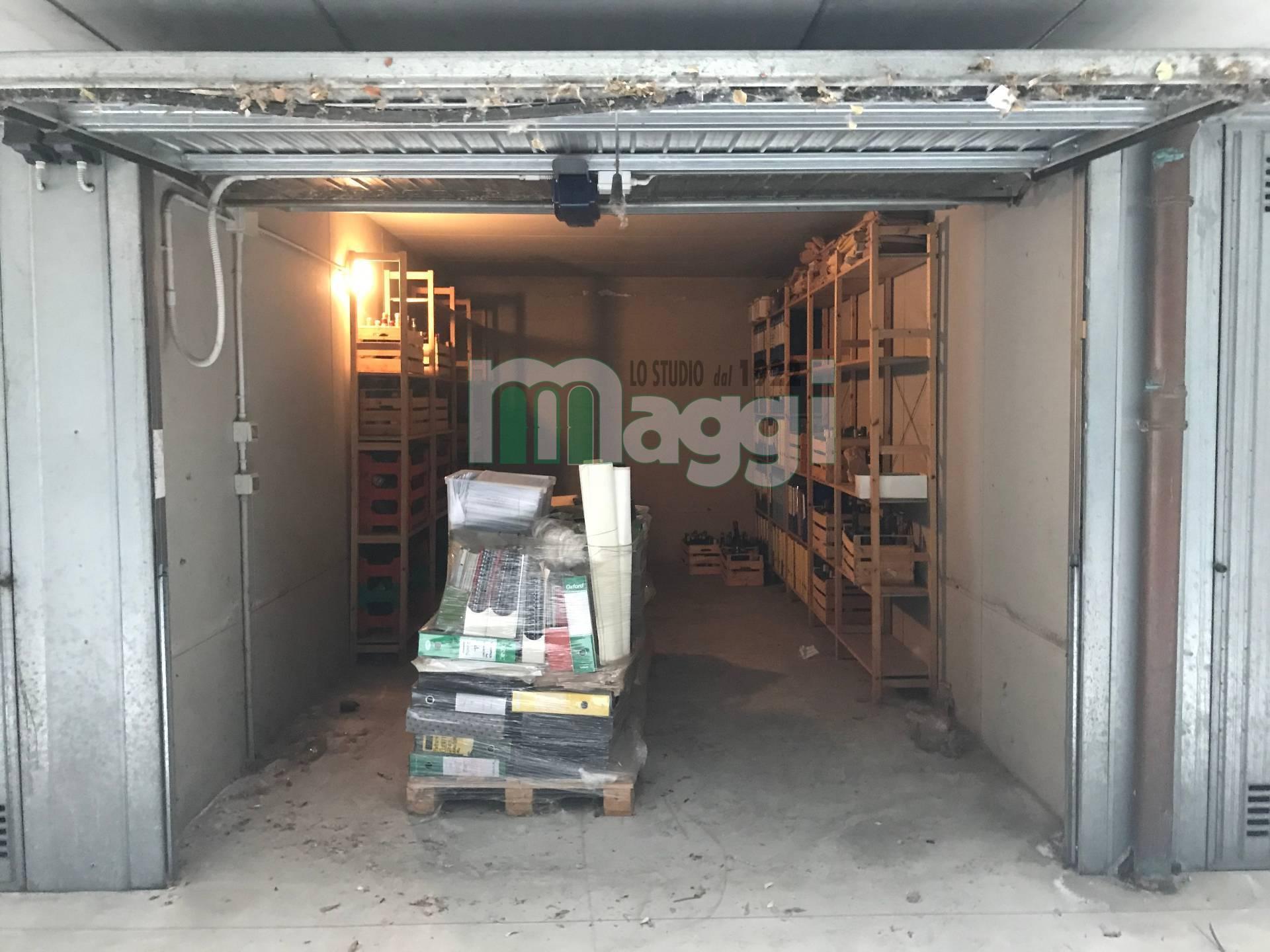 Posto-box auto in Vendita a Milano 23 Forlanini / Mecenate: 25 mq