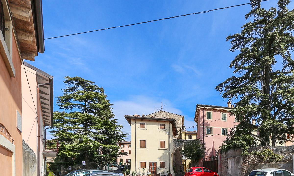 Villetta in Vendita a Verona Semicentro Nord: 5 locali, 170 mq