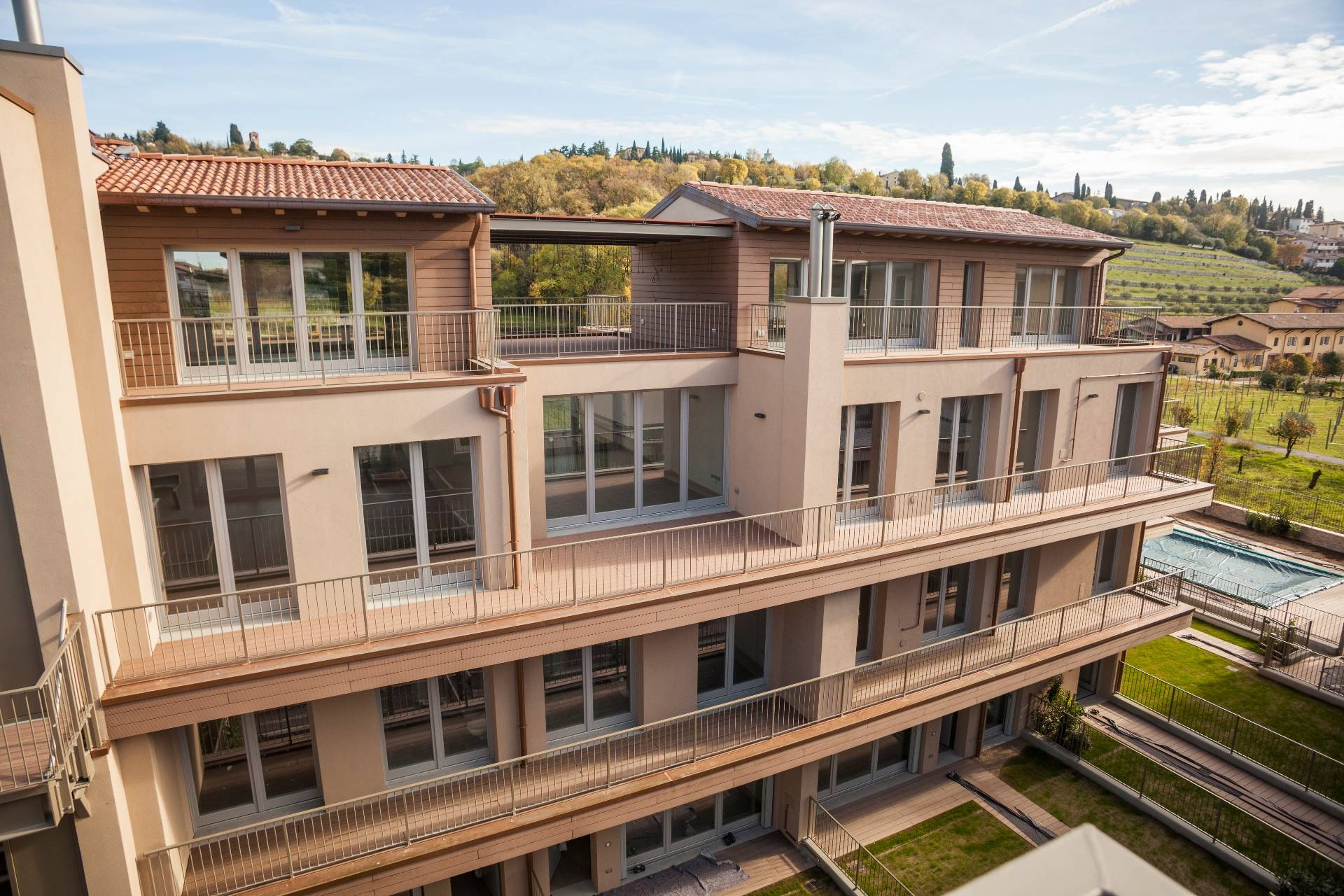 Villa in Vendita a Verona Semicentro Nord: 5 locali, 189 mq