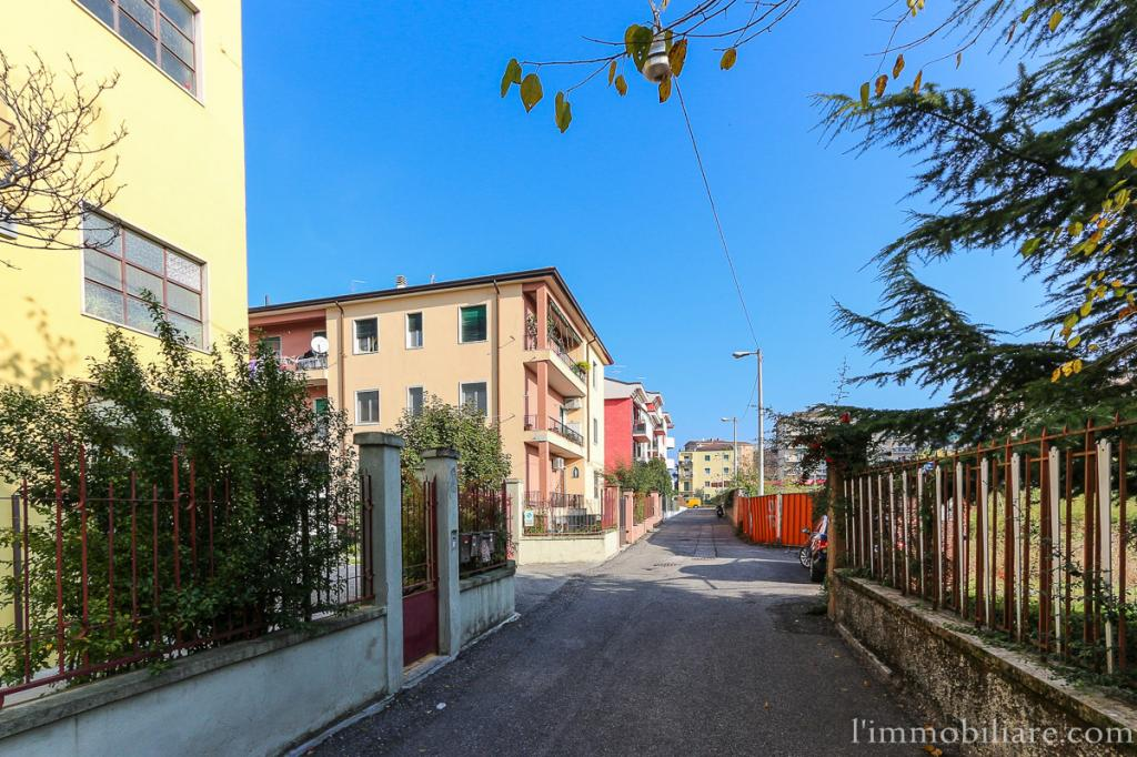 Appartamento in Vendita a Verona Semicentro Nord: 4 locali, 102 mq