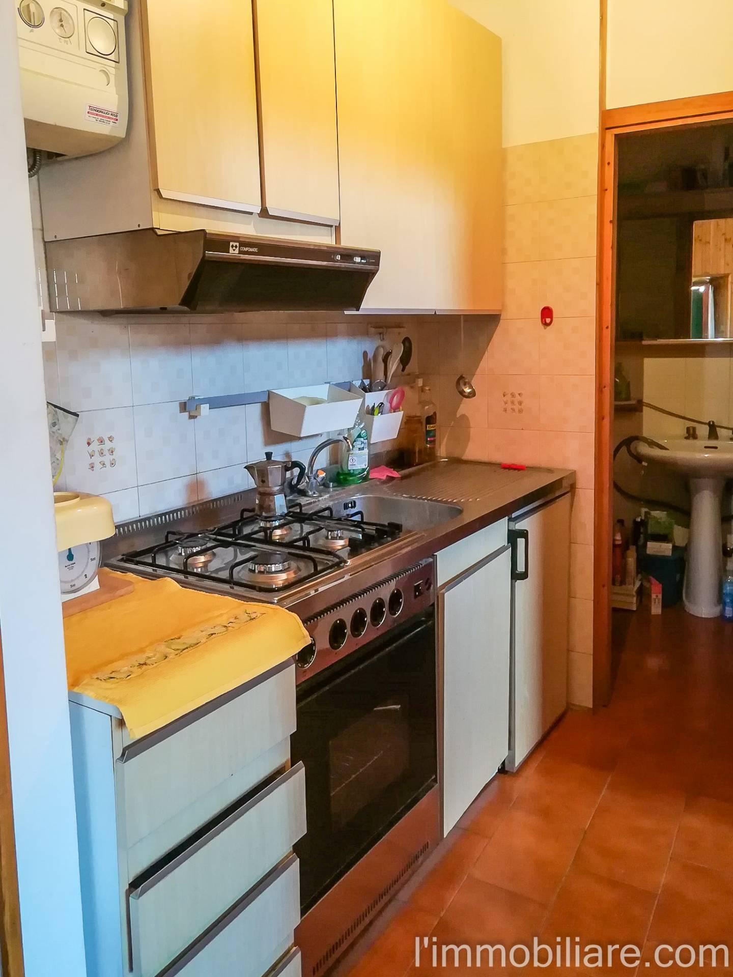 Appartamento in Affitto a Verona Centro: 2 locali, 40 mq