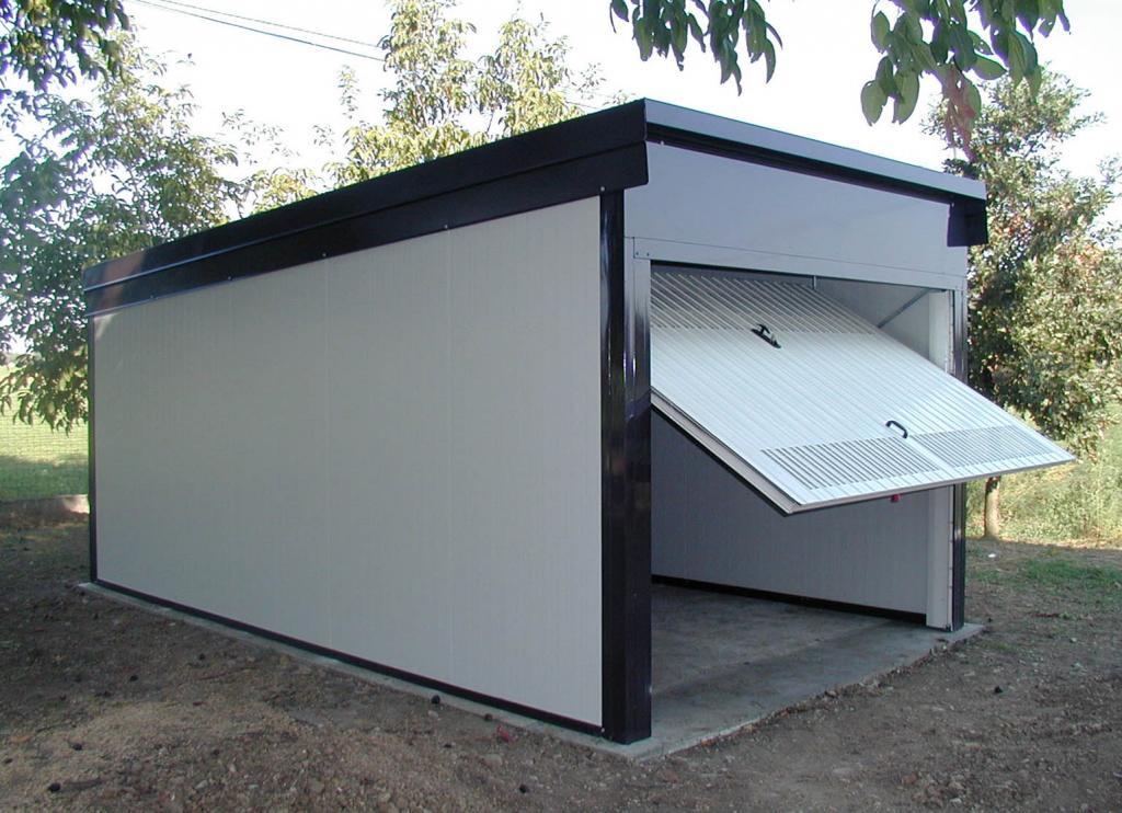 Posto-box auto in Affitto a Verona Periferia Nord: 20 mq