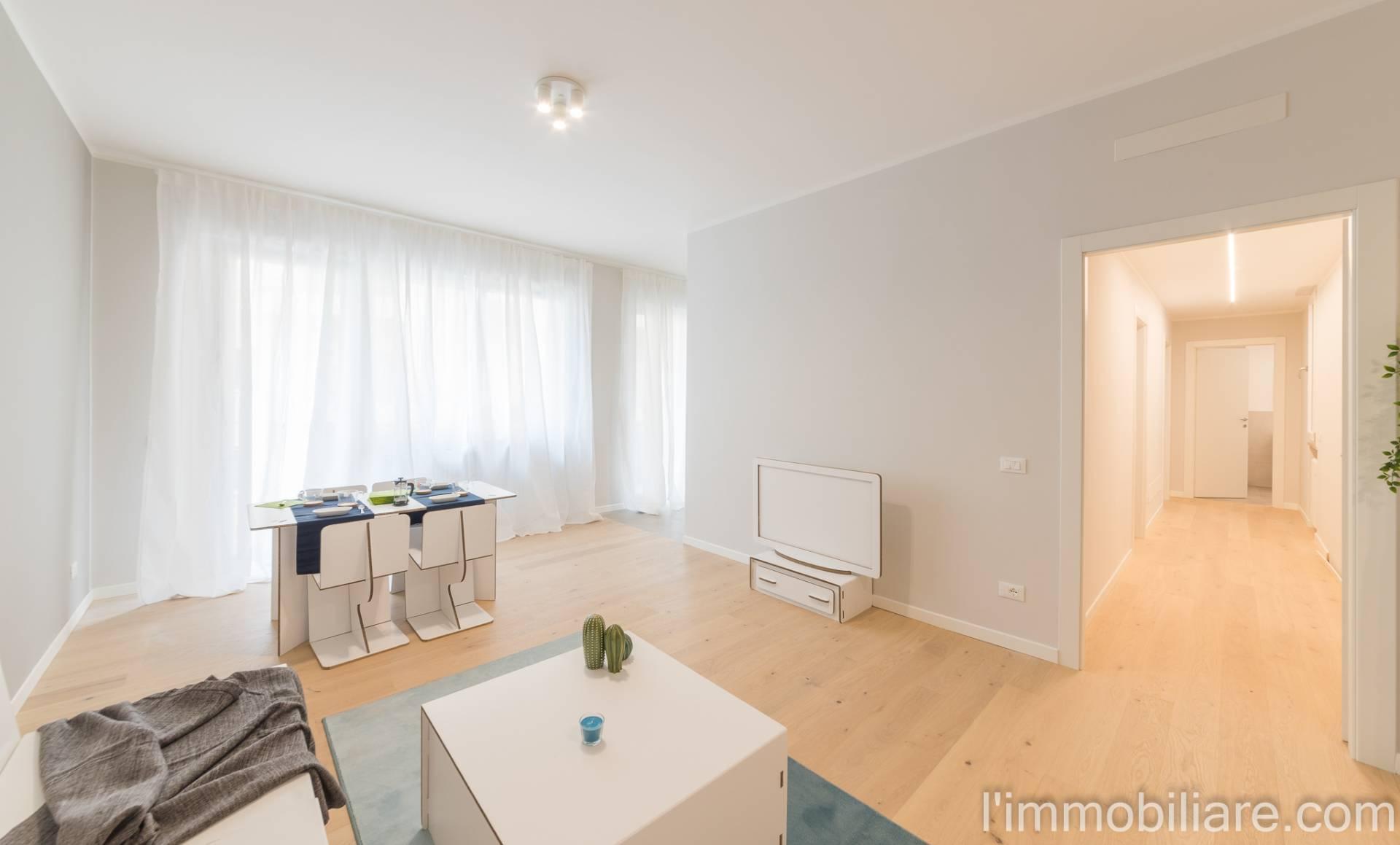 Appartamento in Vendita a Verona Centro: 4 locali, 110 mq