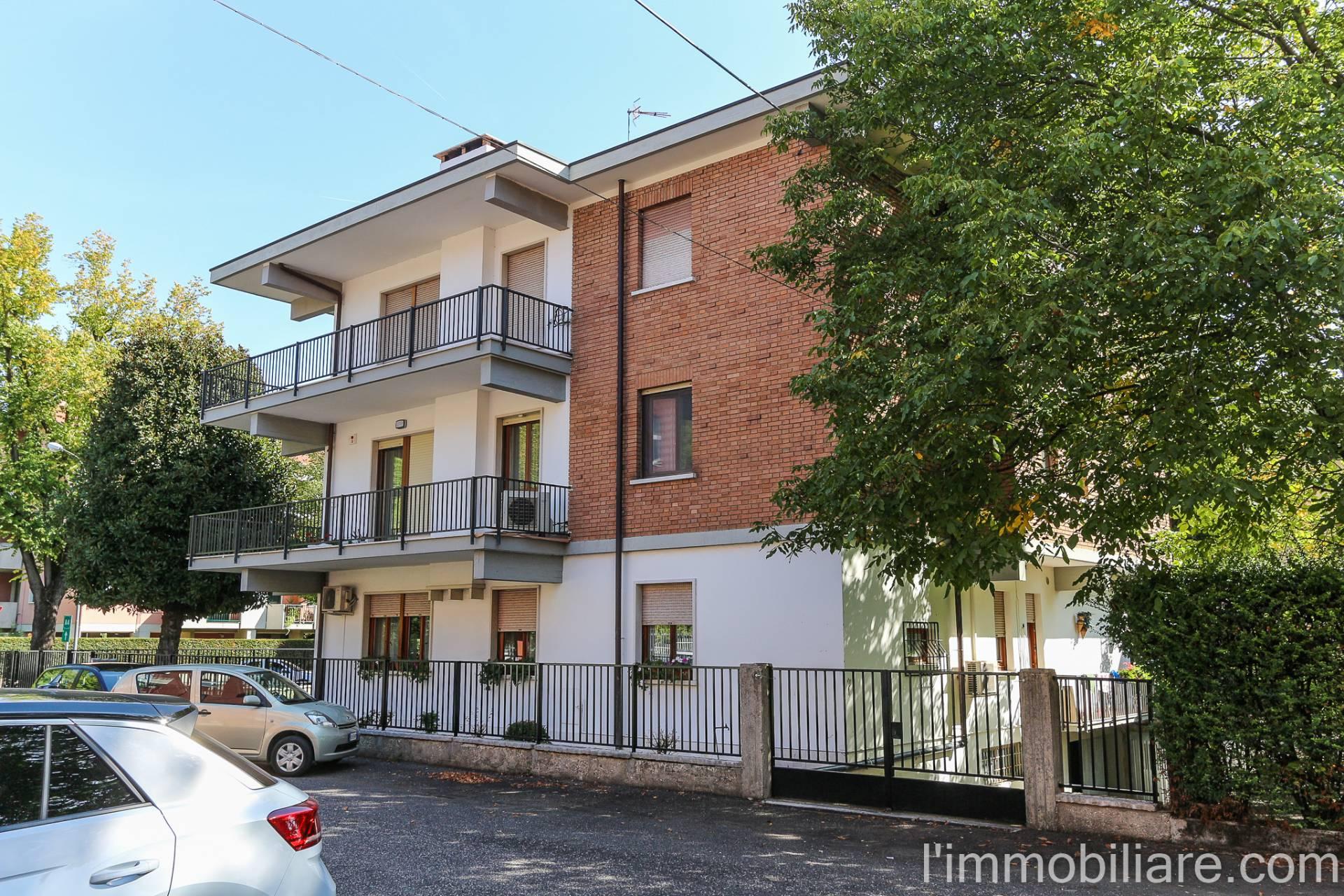 Appartamento in Vendita a Verona Periferia Nord: 5 locali, 190 mq