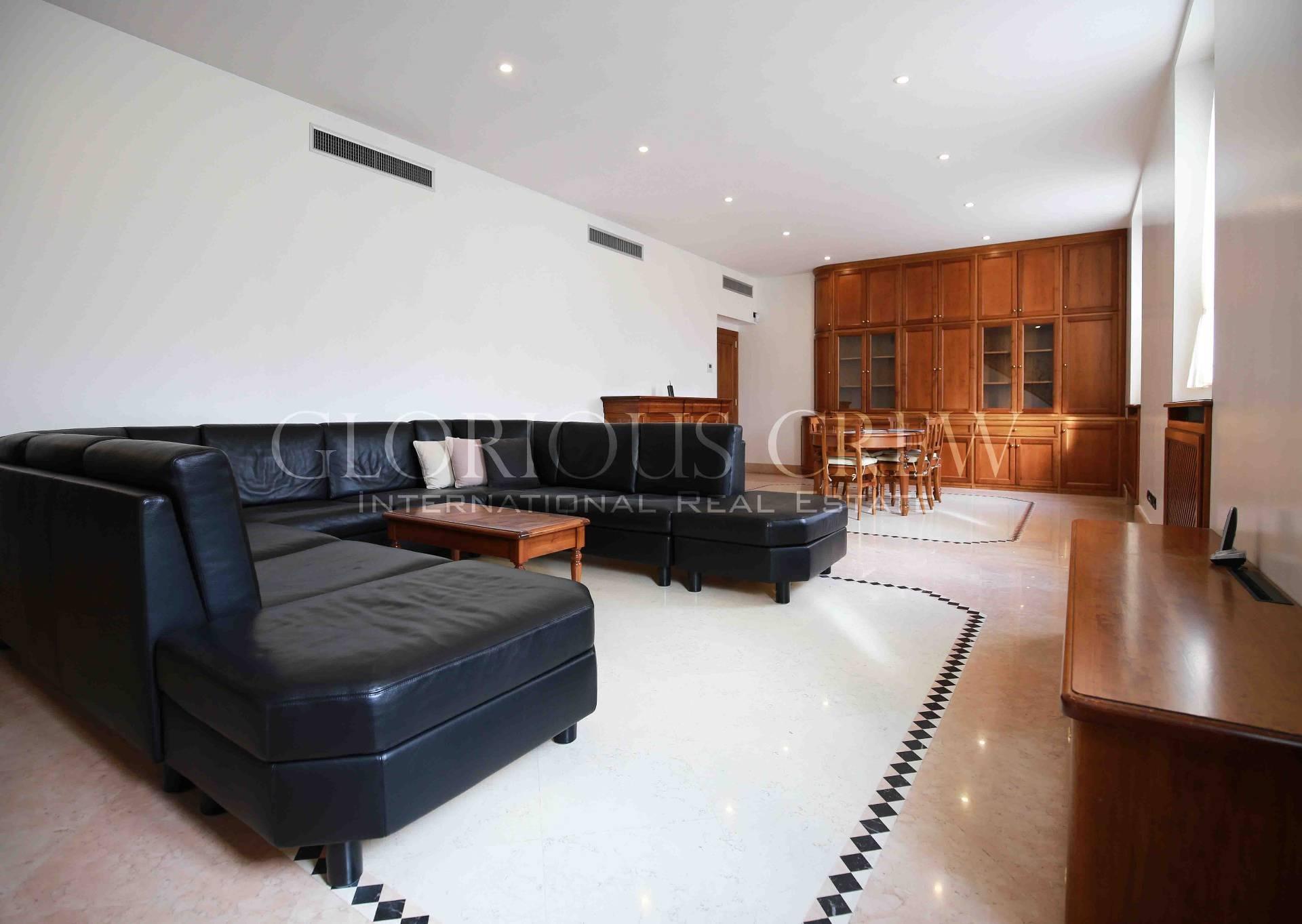 Appartamento in Vendita a Milano: 5 locali, 310 mq - Foto 2