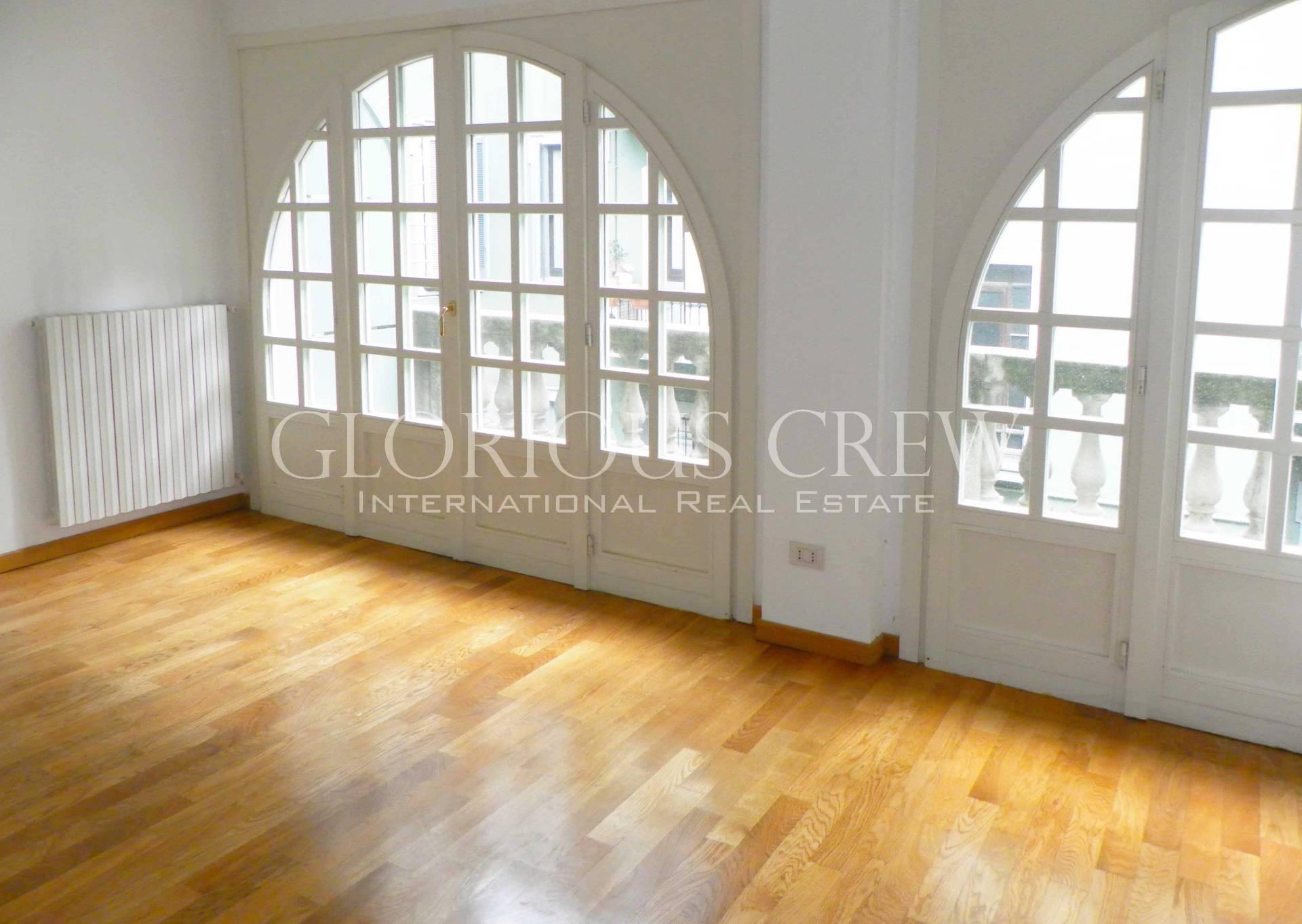 Appartamento in Affitto a Milano 01 Centro storico (Cerchia dei Navigli):  5 locali, 220 mq  - Foto 1