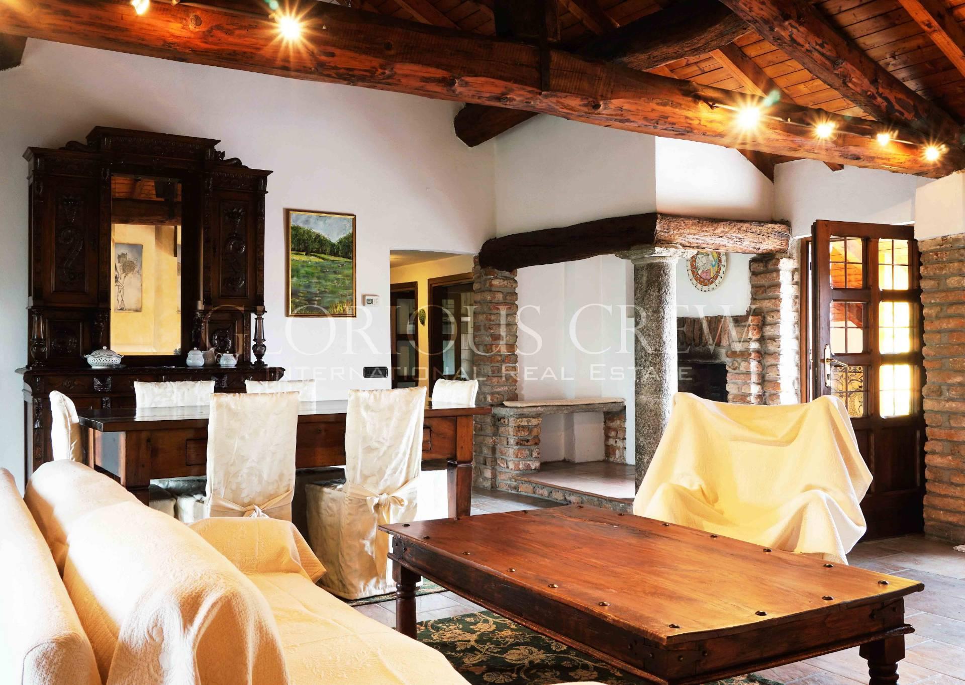 Appartamento in Affitto a Mediglia: 4 locali, 240 mq