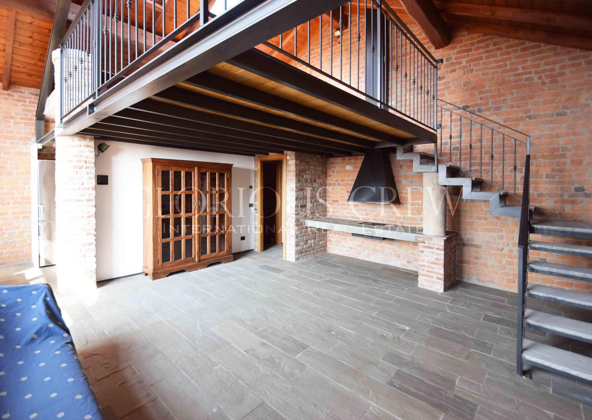Appartamento in Affitto a Mediglia: 3 locali, 190 mq