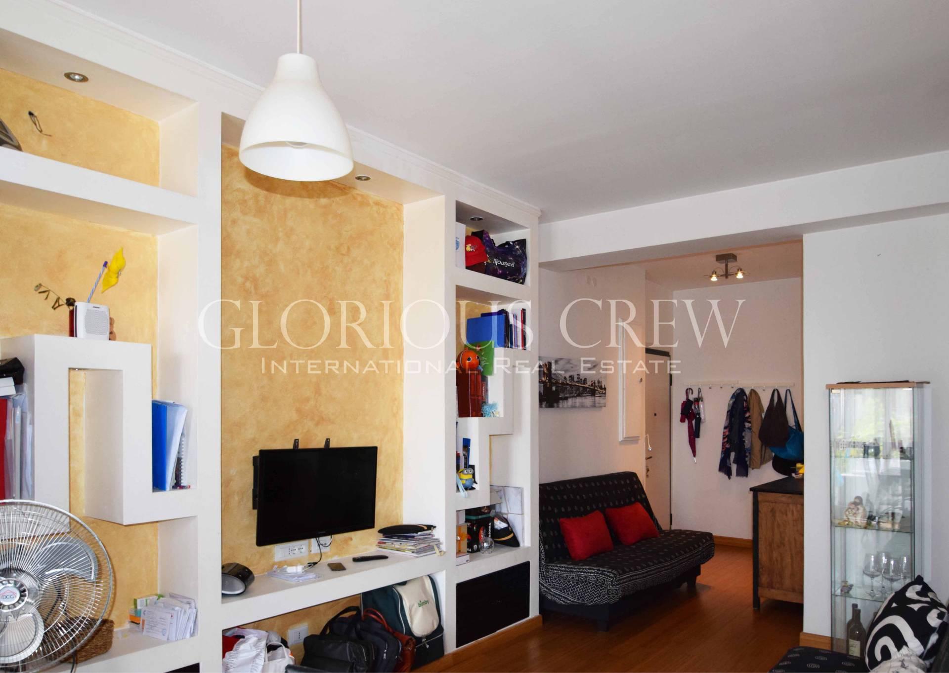 Appartamento in Vendita a Milano 25 Cassala / Famagosta / Lorenteggio / Barona: 2 locali, 65 mq