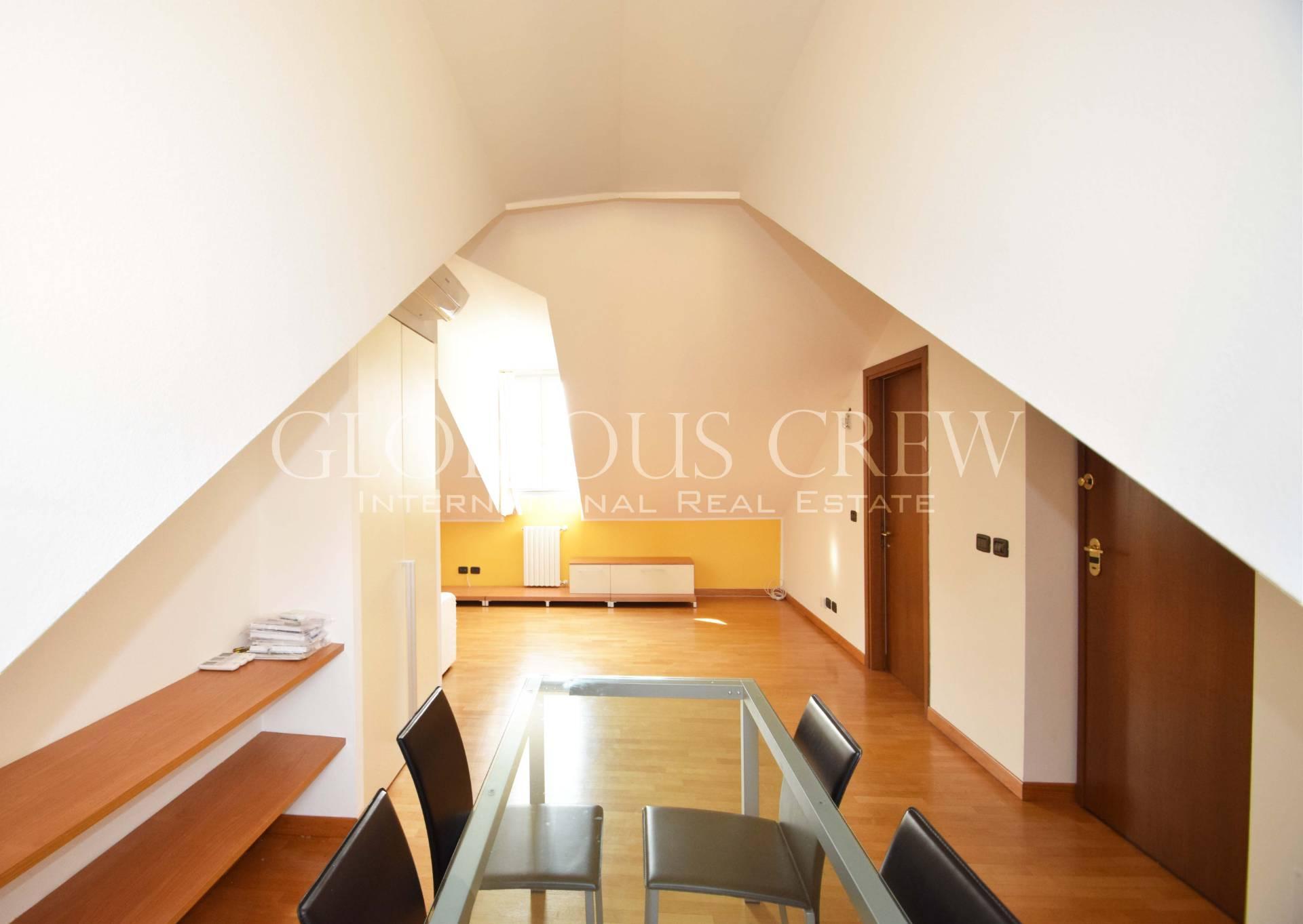 Appartamento in Affitto a Milano 01 Centro storico (Cerchia dei Navigli): 3 locali, 112 mq