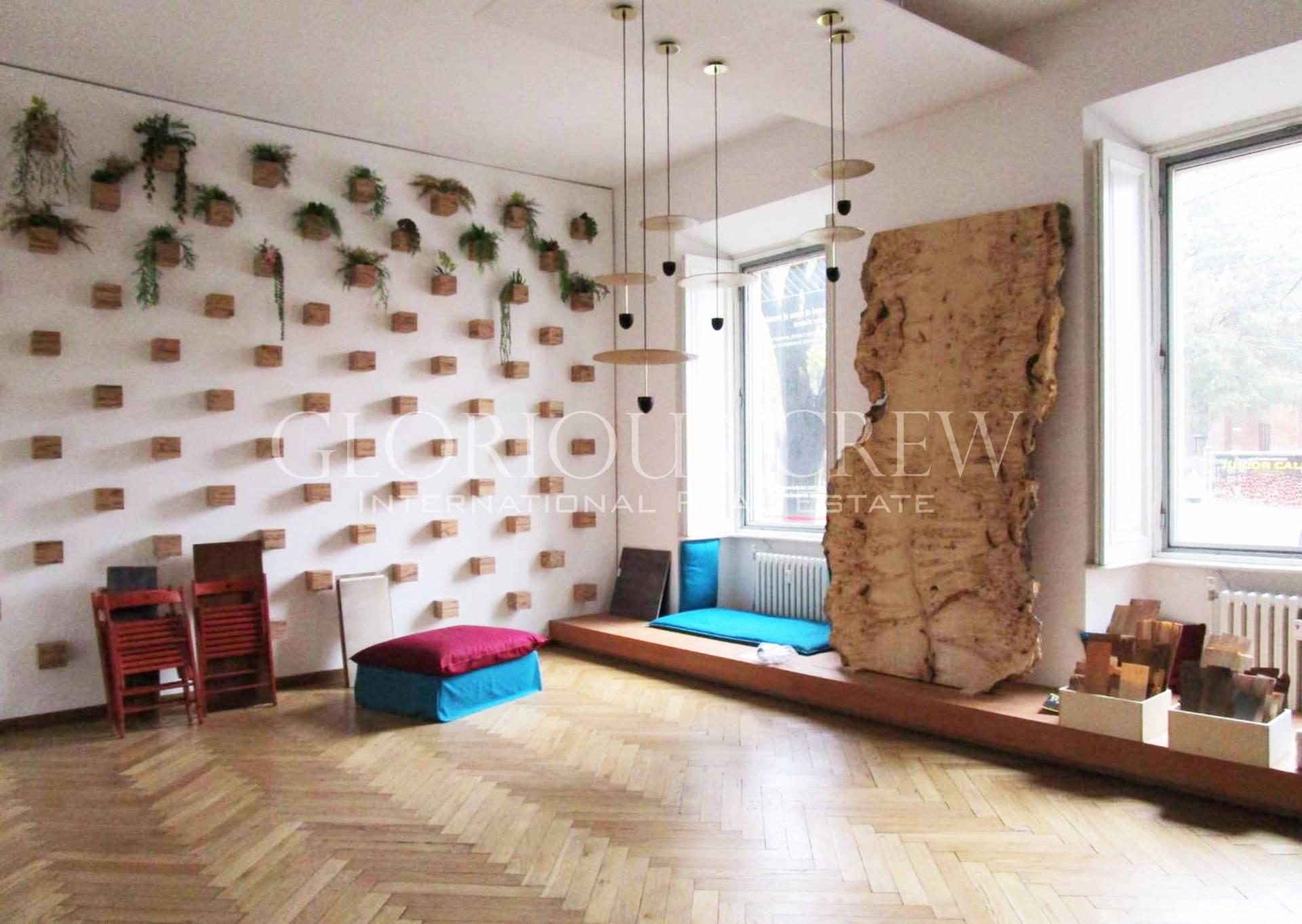 Ufficio-studio in Affitto a Milano 01 Centro storico (Cerchia dei Navigli): 3 locali, 150 mq