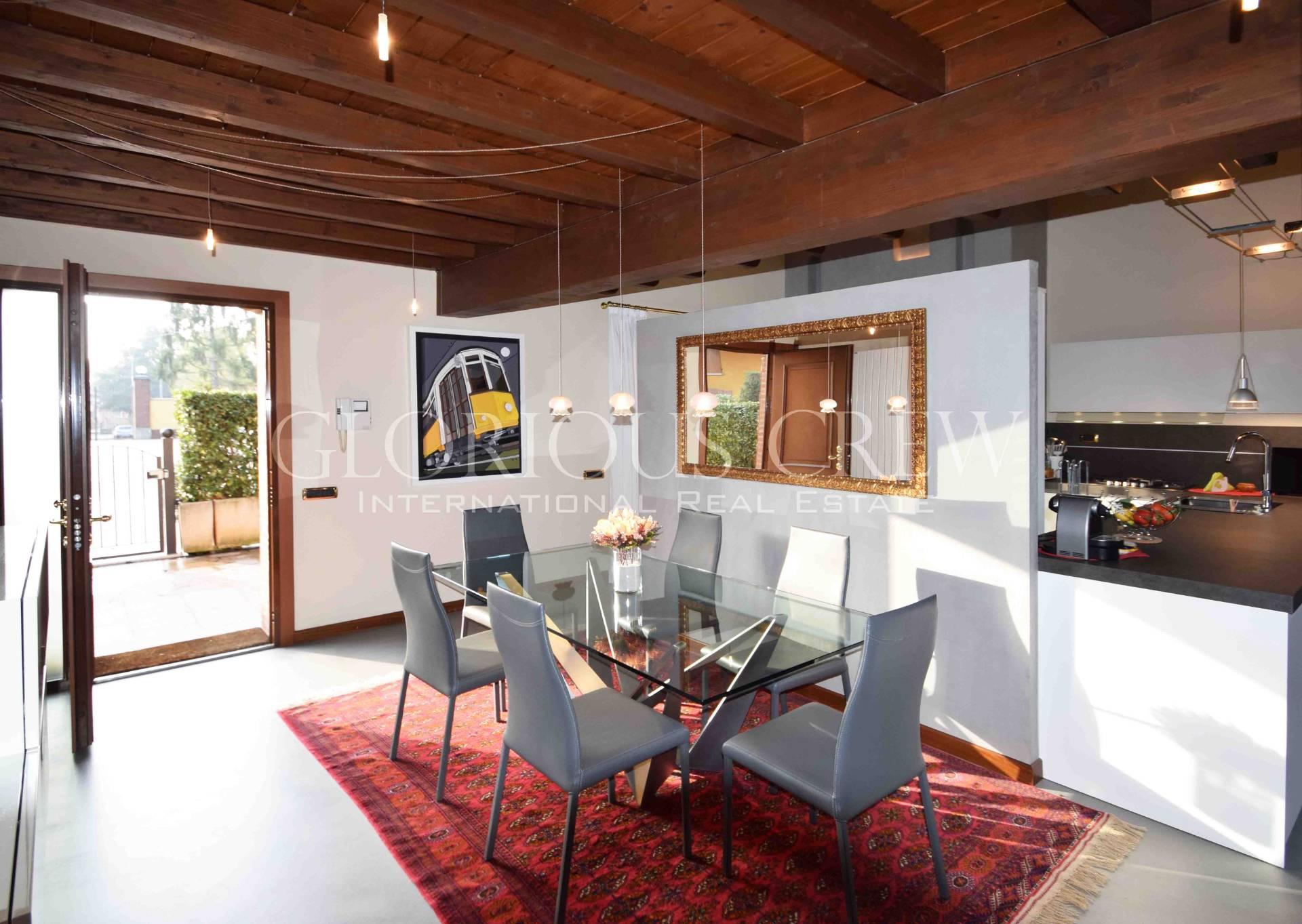 Casa indipendente in Vendita a Triuggio: 5 locali, 200 mq