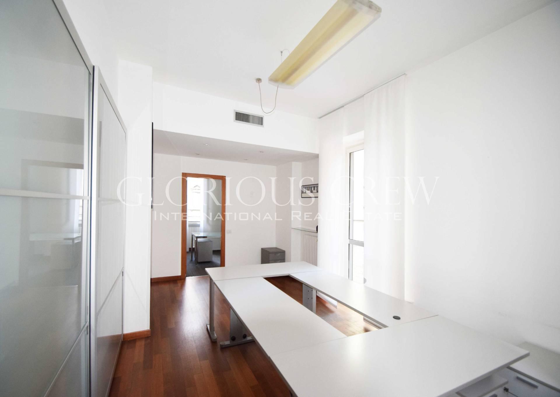 Appartamento in Affitto a Milano: 2 locali, 77 mq