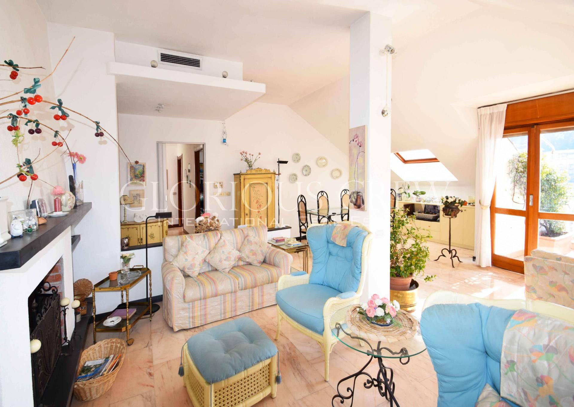 Appartamento in Vendita a Rapallo: 4 locali, 160 mq