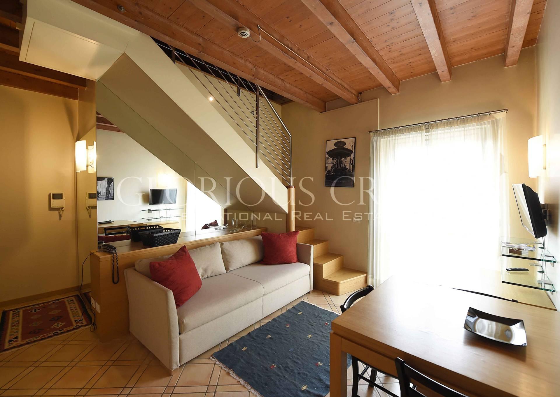 Appartamento in Affitto a Milano 07 Darsena /  Ticinese: 3 locali, 120 mq