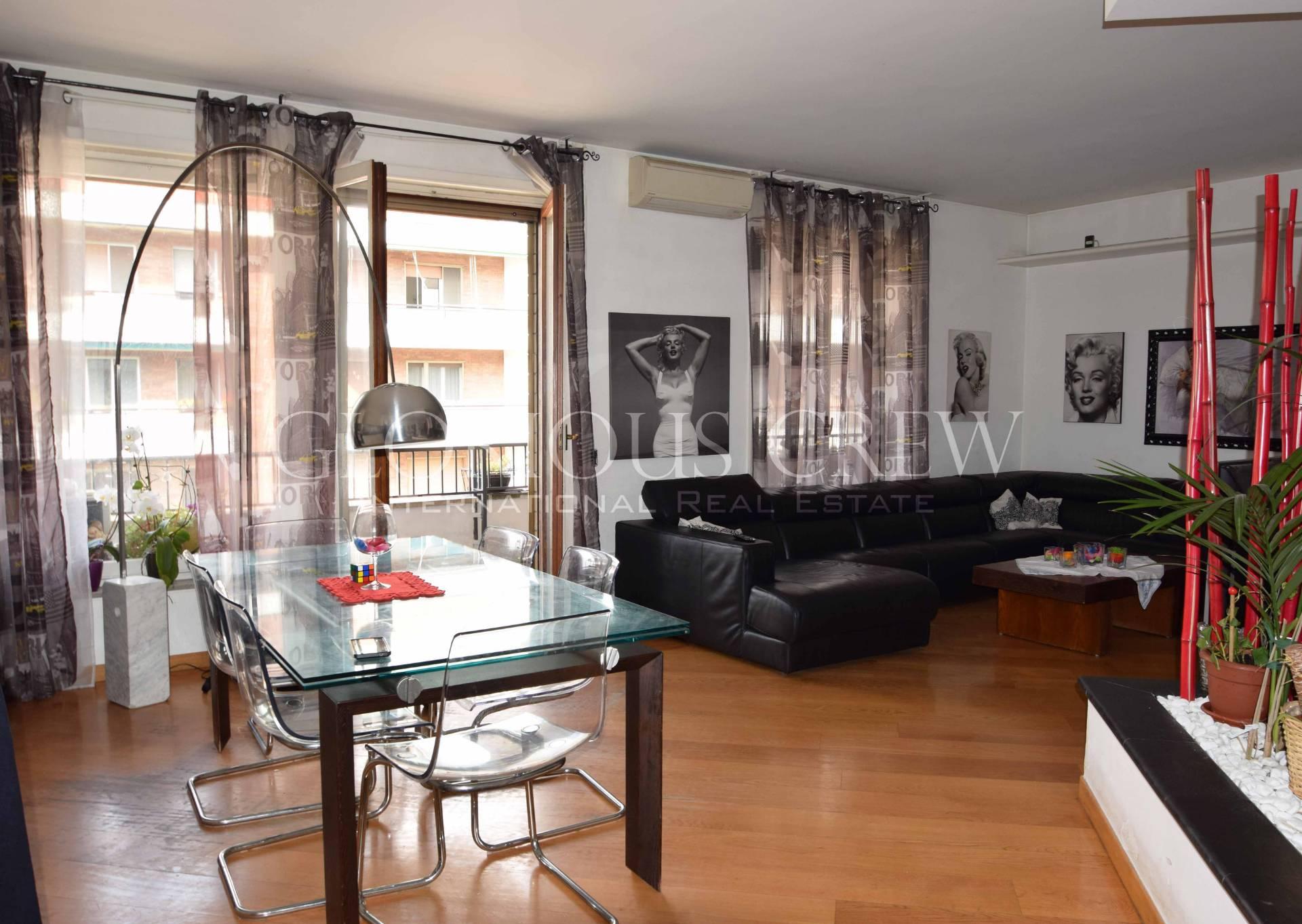 Appartamento in Vendita a Milano 24 Chiesa Rossa / Gratosoglio / Vigentino: 4 locali, 200 mq
