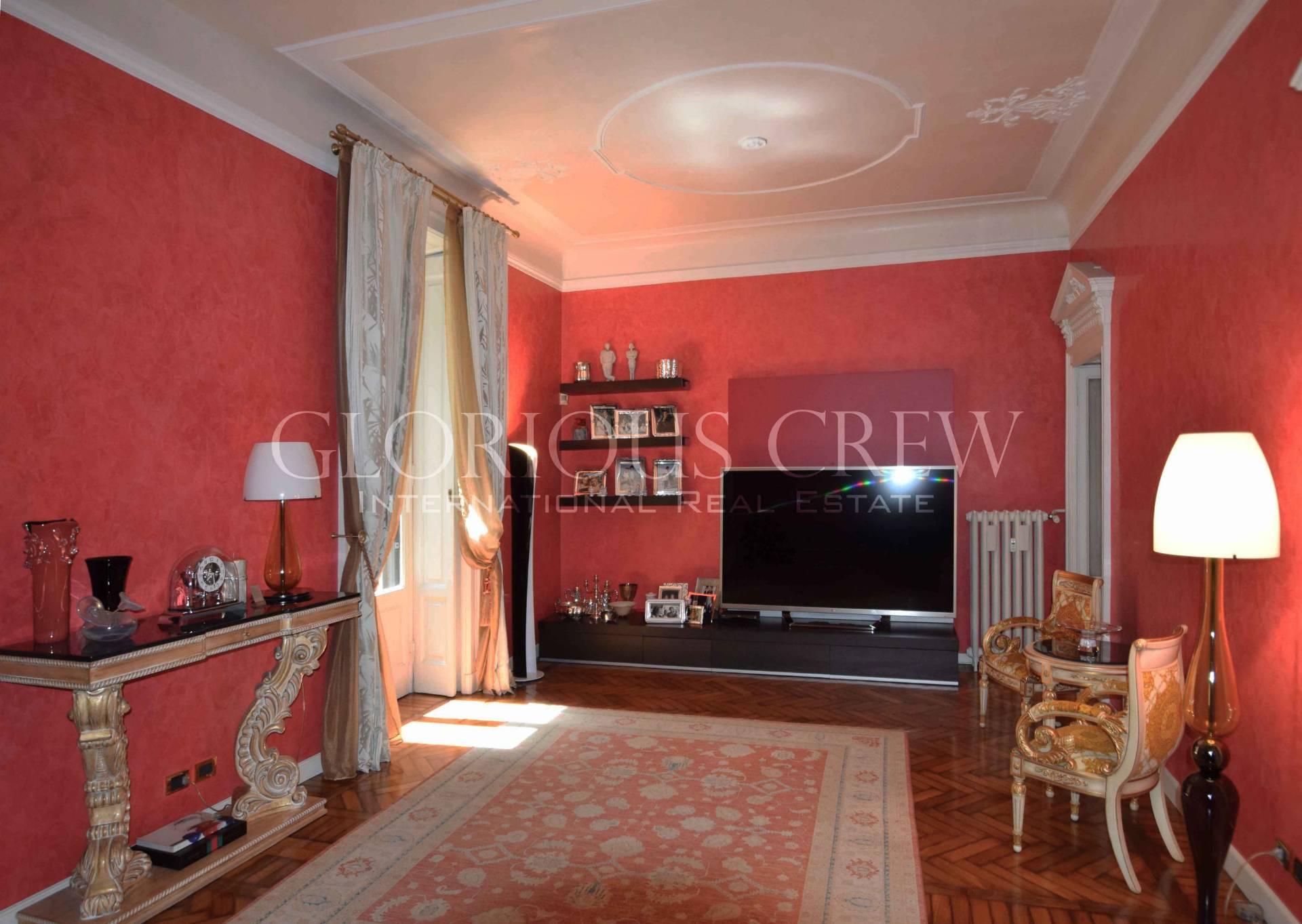 Appartamento in Vendita a Milano 01 Centro storico (Cerchia dei Navigli): 5 locali, 255 mq