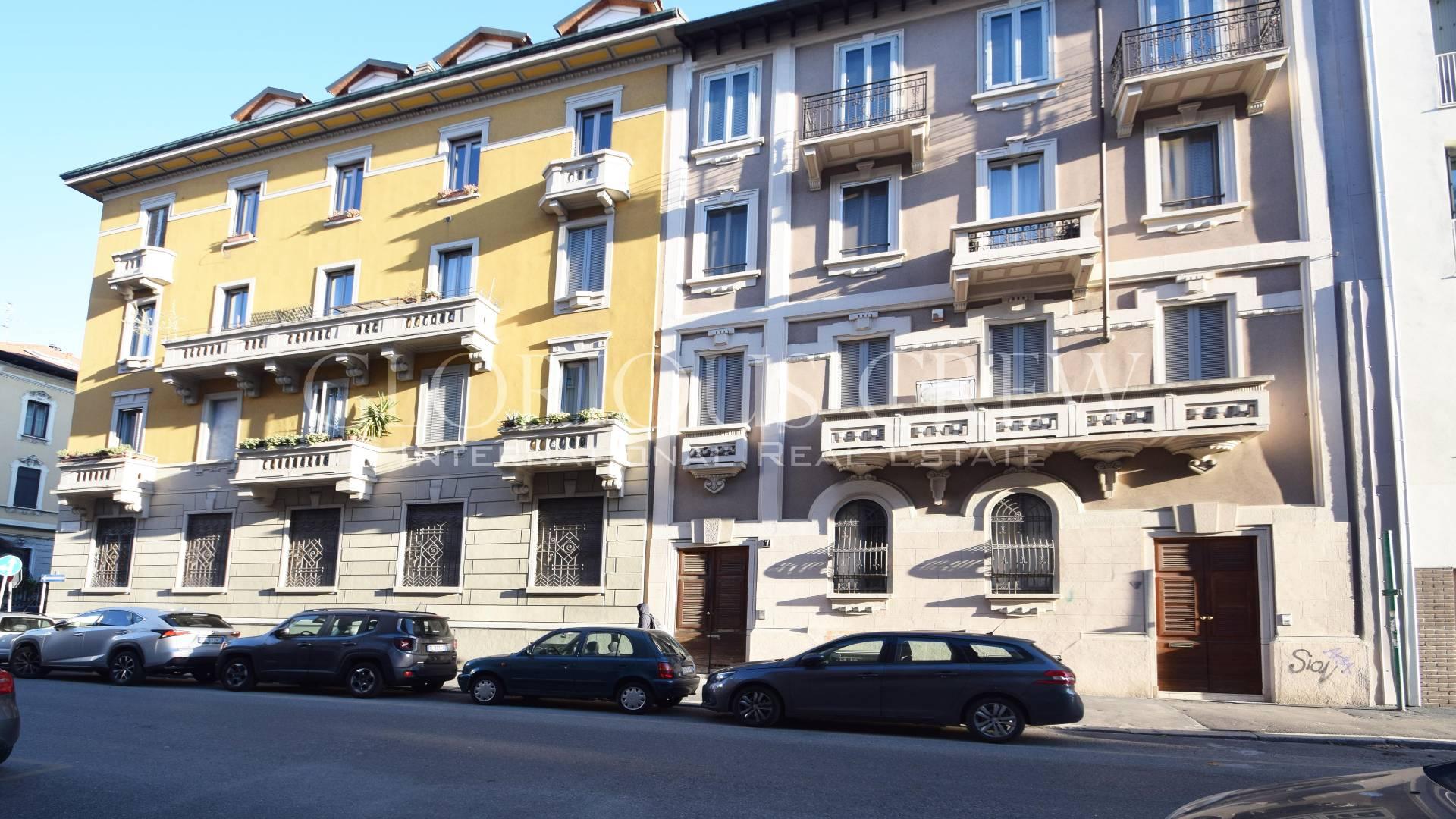 Loft open space in Vendita a Milano: 5 locali, 296 mq