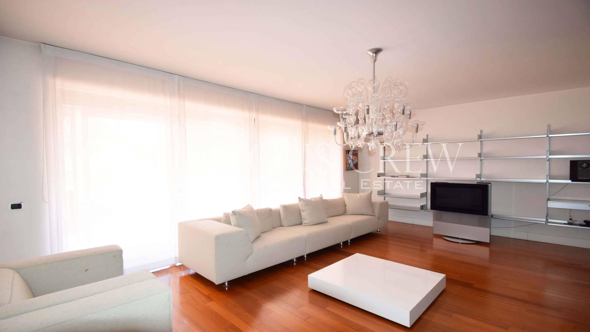 Villa in Vendita a Basiglio: 5 locali, 600 mq - Foto 3