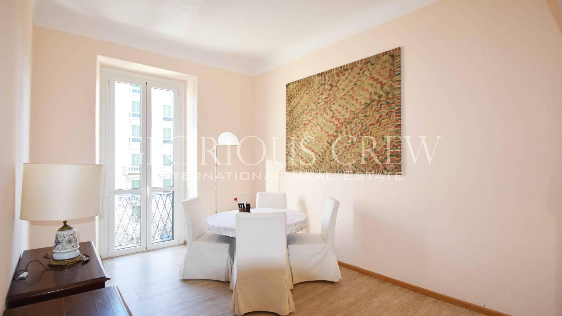 Appartamento in Affitto a Milano: 4 locali, 130 mq
