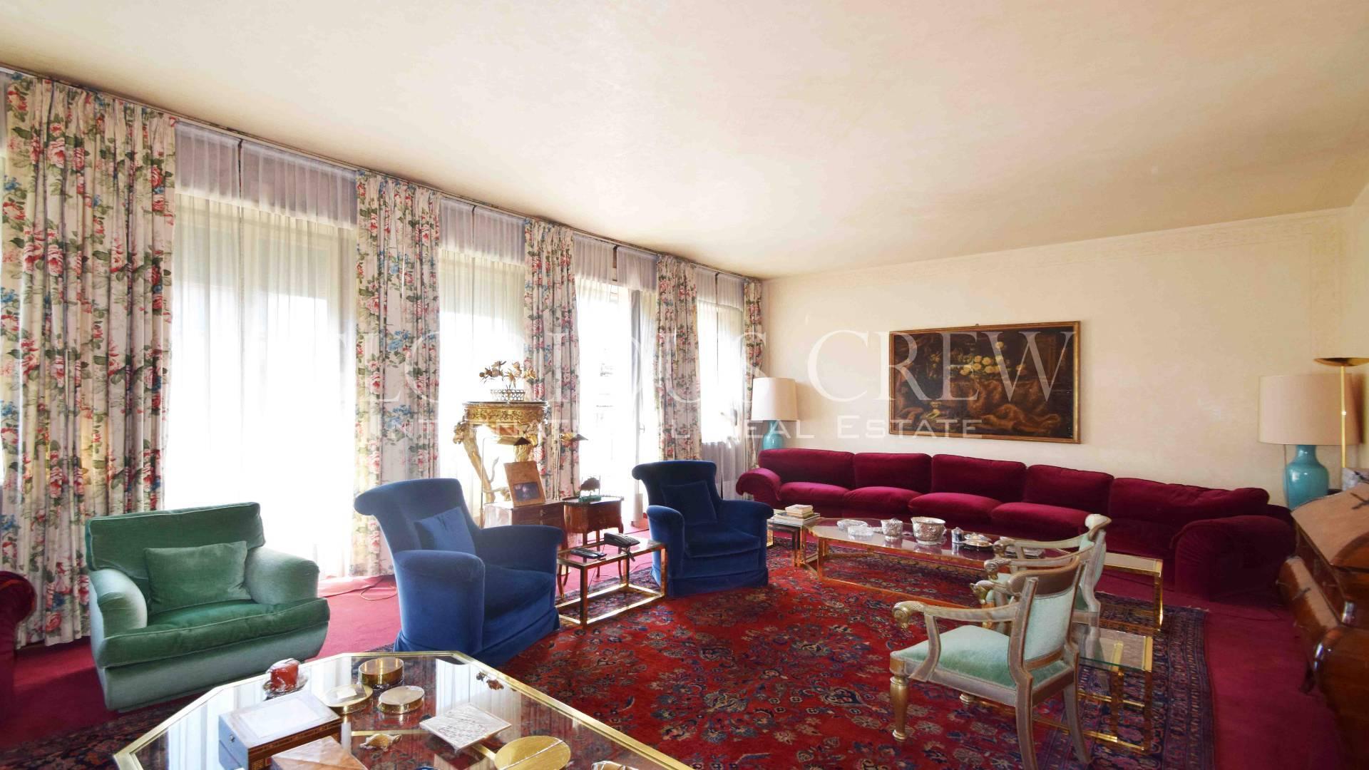 Appartamento in Vendita a Milano via giosue' carducci