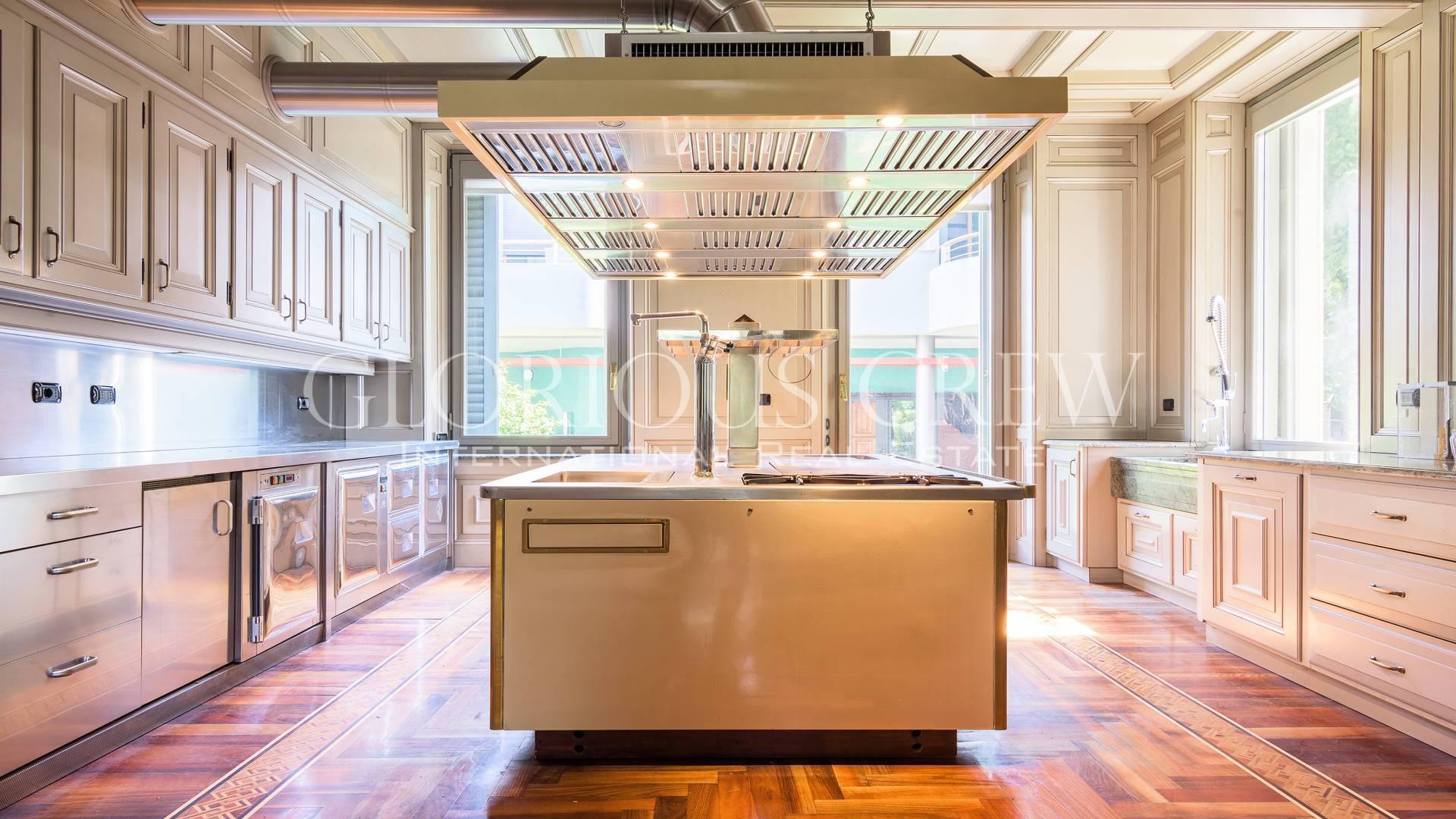 Villa in Vendita a Monza: 5 locali, 350 mq - Foto 7