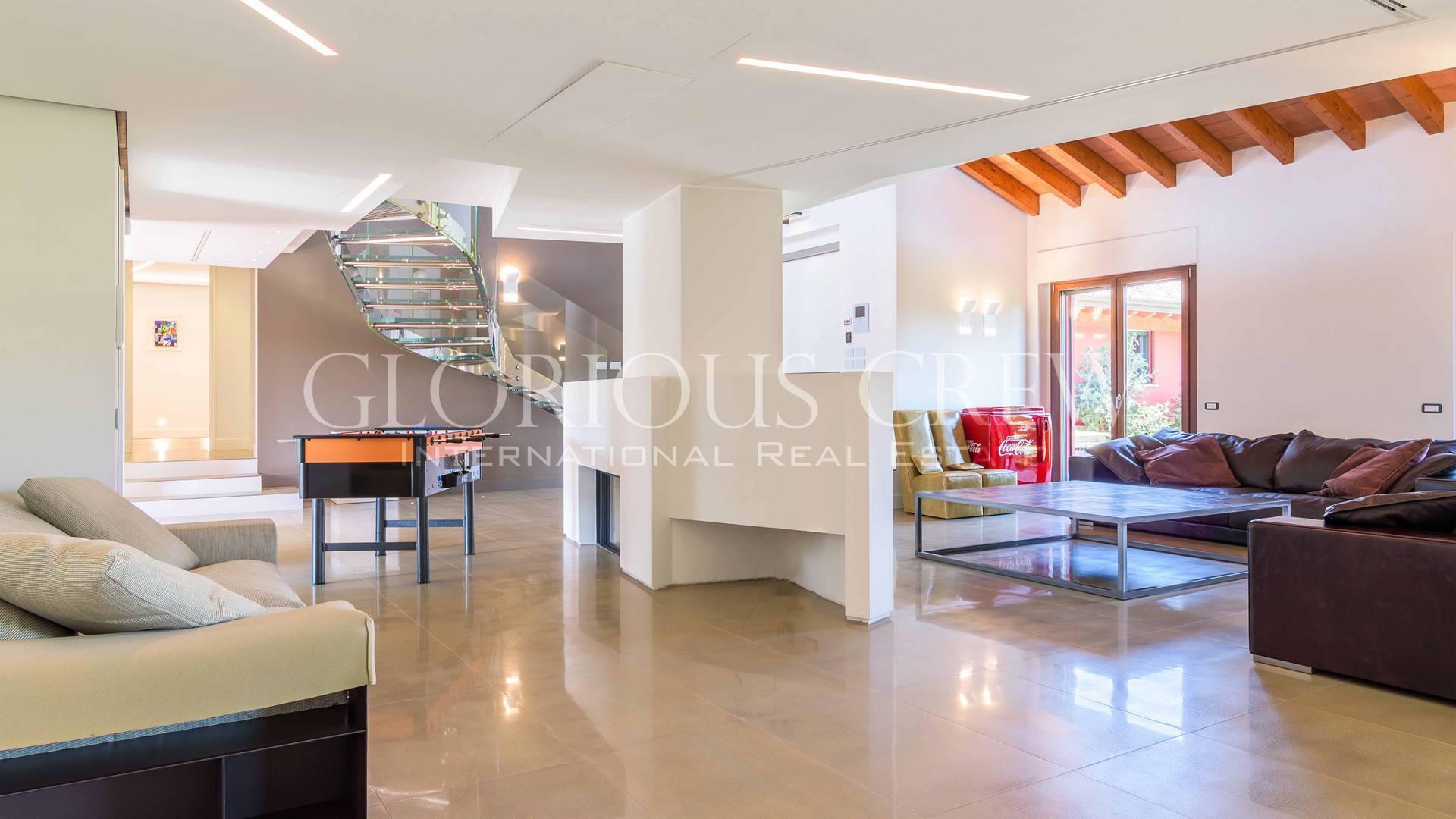Villa in Vendita a San Genesio Ed Uniti: 5 locali, 630 mq - Foto 9
