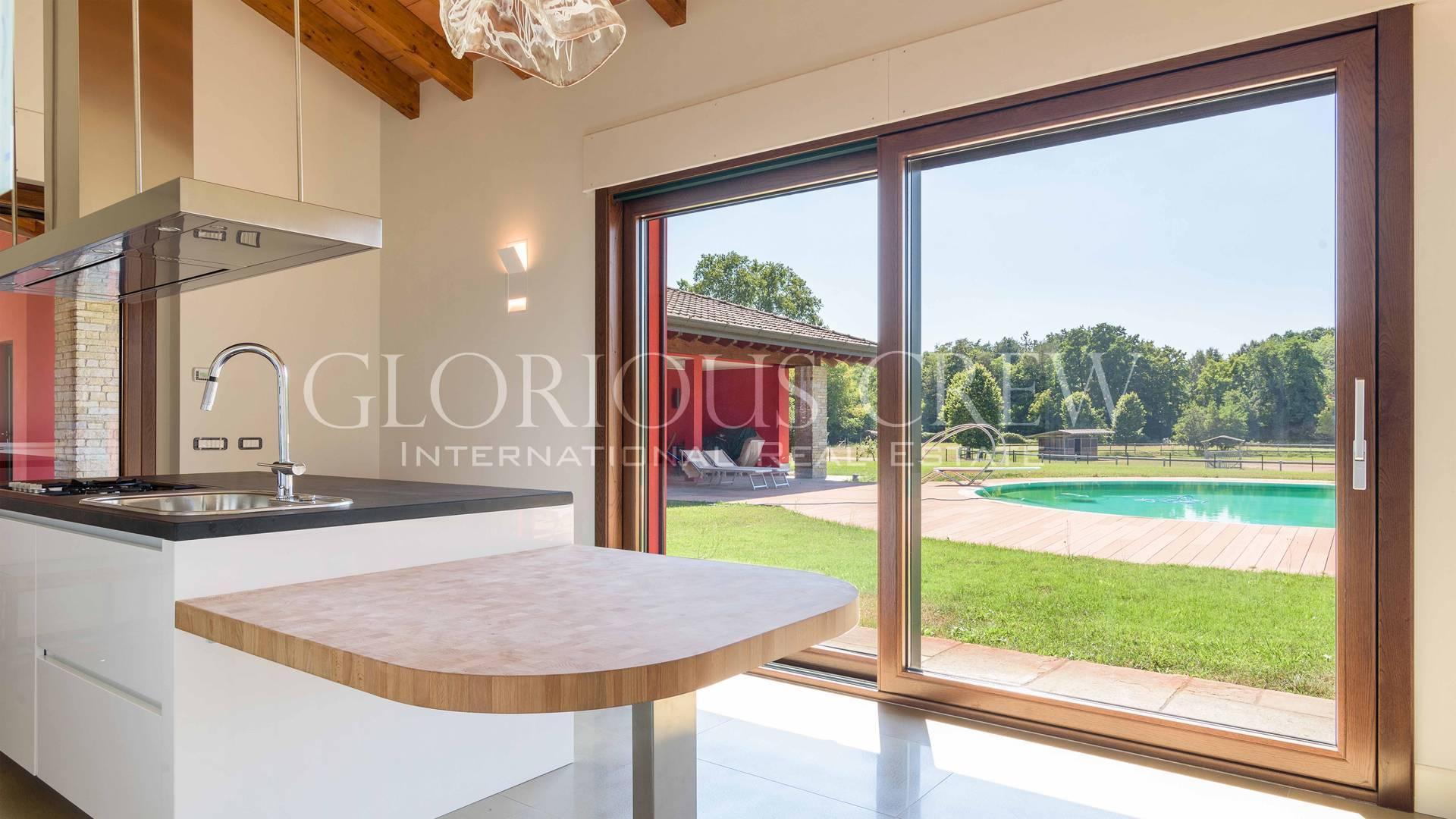 Villa in Vendita a San Genesio Ed Uniti: 5 locali, 630 mq - Foto 17