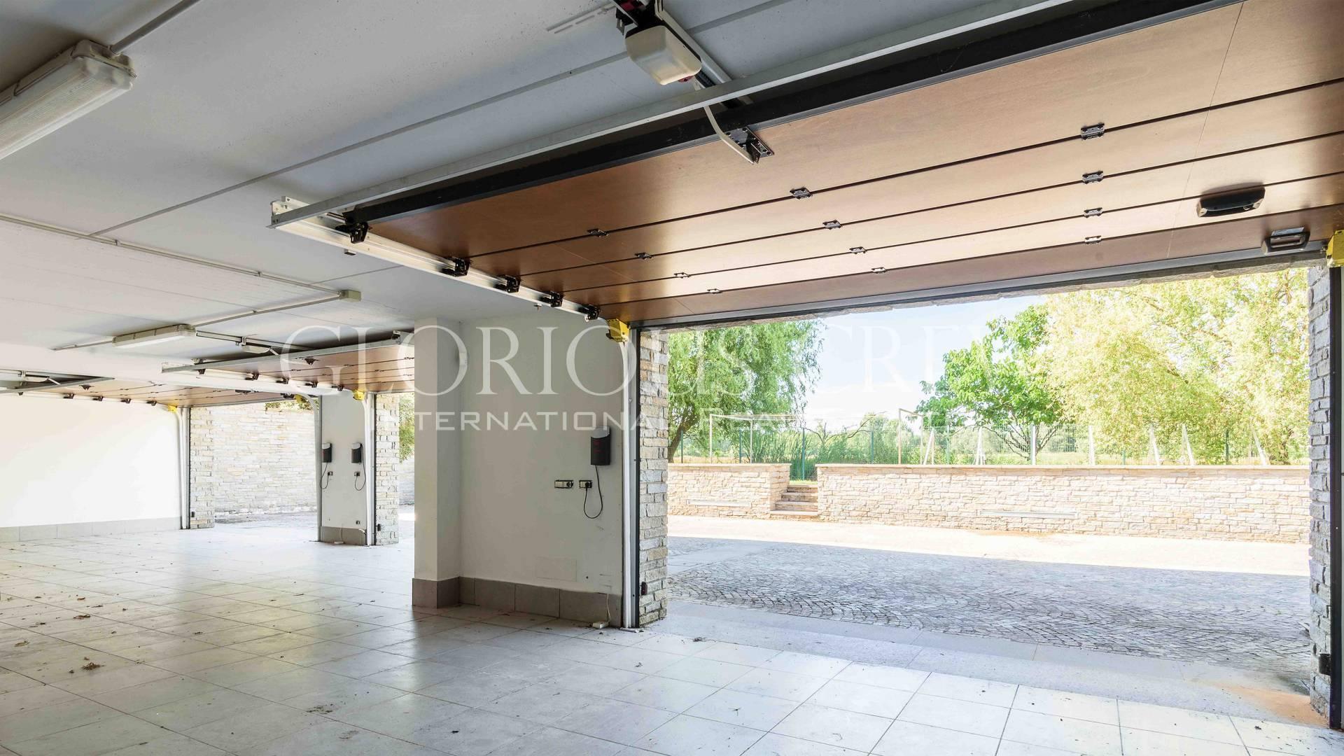 Villa in Vendita a San Genesio Ed Uniti: 5 locali, 630 mq - Foto 28