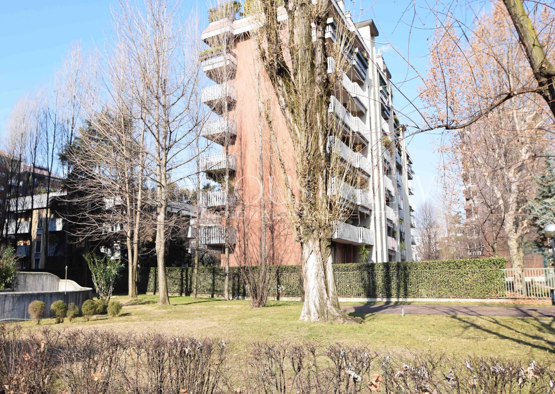 Ufficio-studio in Vendita a Milano 25 Cassala / Famagosta / Lorenteggio / Barona: 1 locali, 28 mq