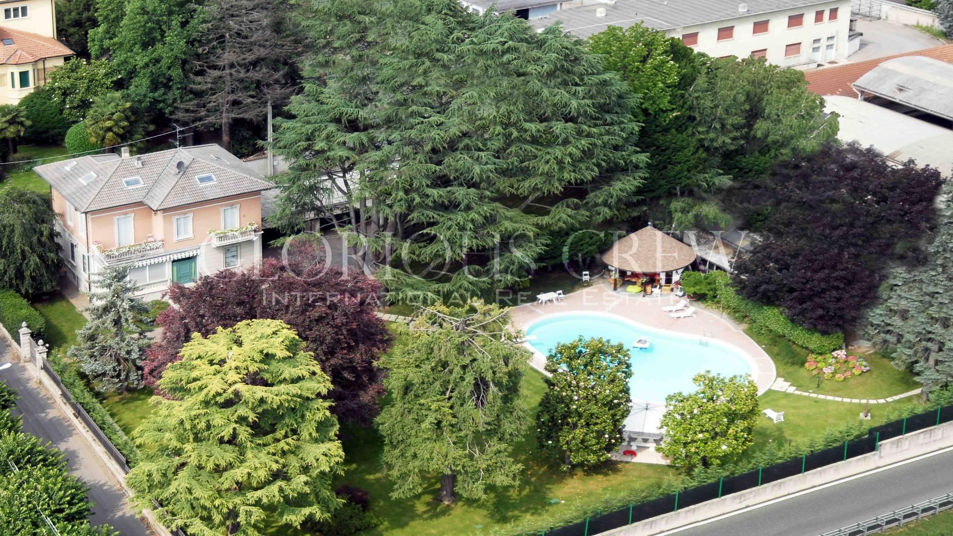Villa in Vendita a Solbiate Arno: 5 locali, 378 mq
