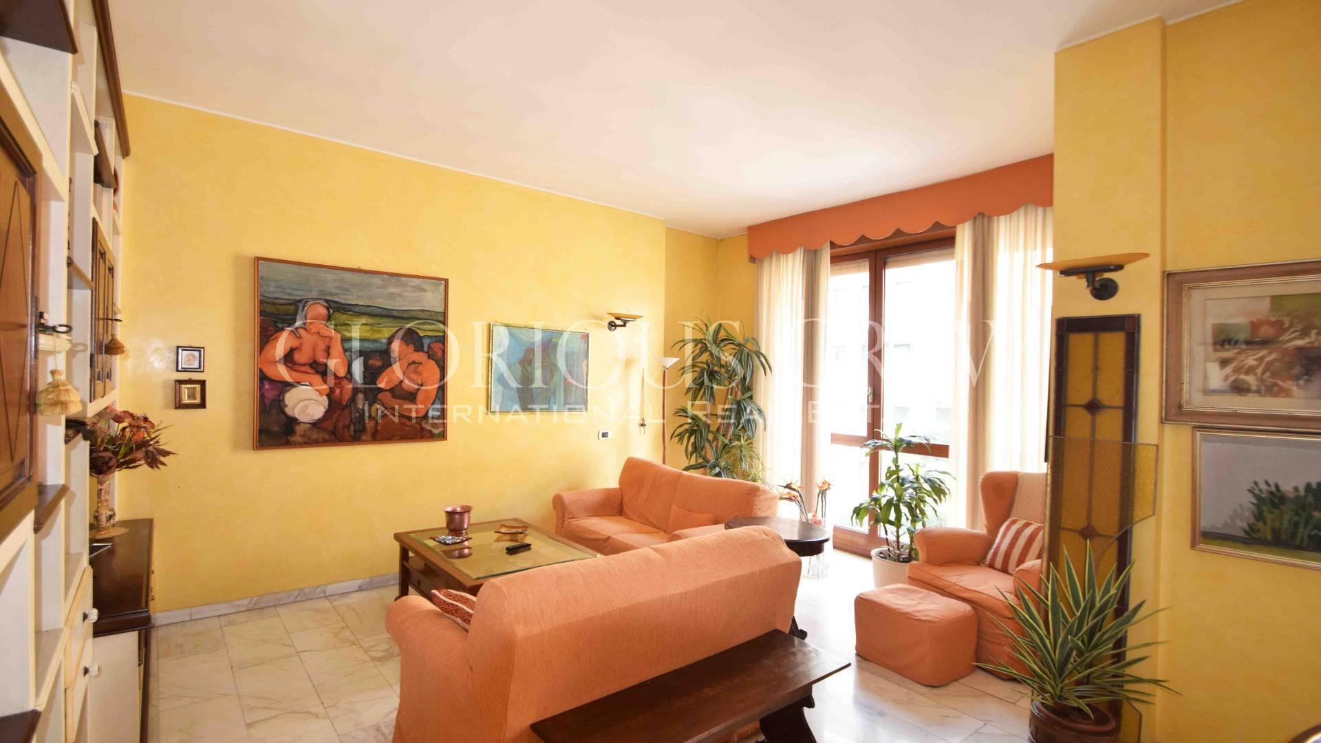 Appartamento in Vendita a Milano: 3 locali, 133 mq - Foto 2