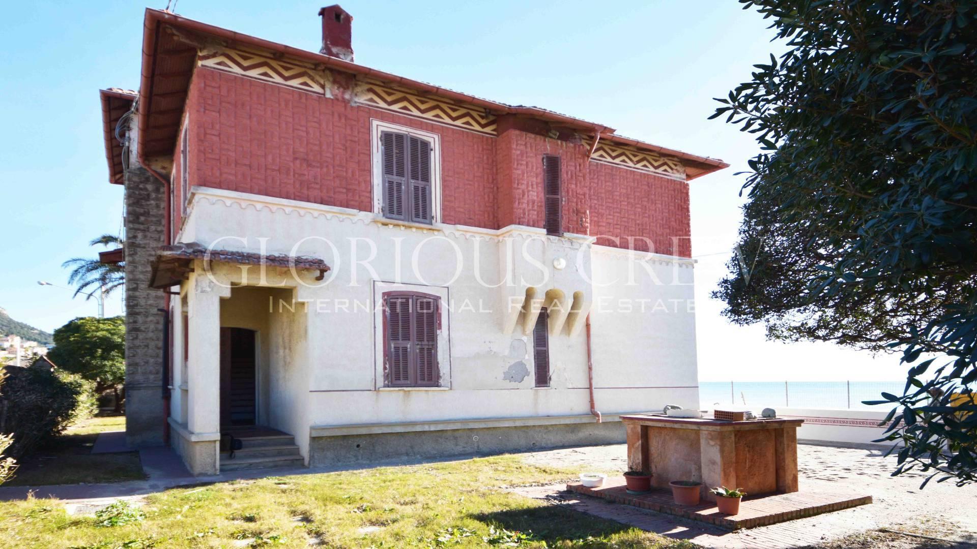 Villa in Vendita a Borgio Verezzi: 5 locali, 240 mq - Foto 2
