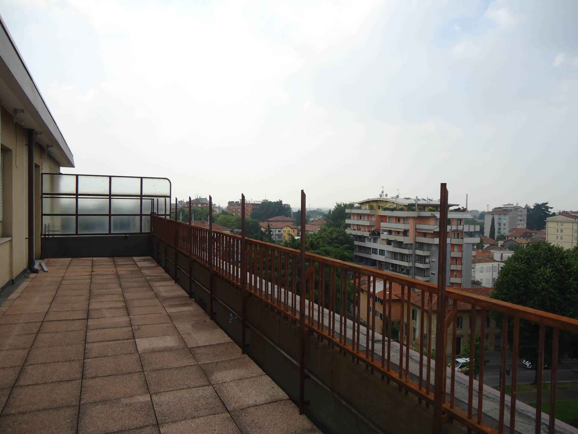 Uffici e negozi in affitto a udine cod 3896 for Affitto uffici bufalotta