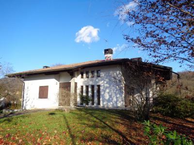 Villa in Vendita a Tarcento