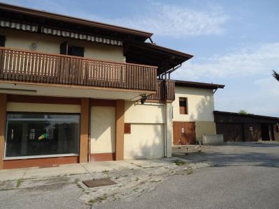 Uffici e Negozi in Vendita a San Vito di Fagagna