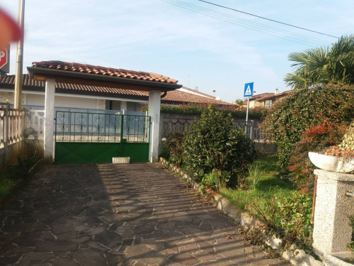 Casa in Affitto a Pradamano