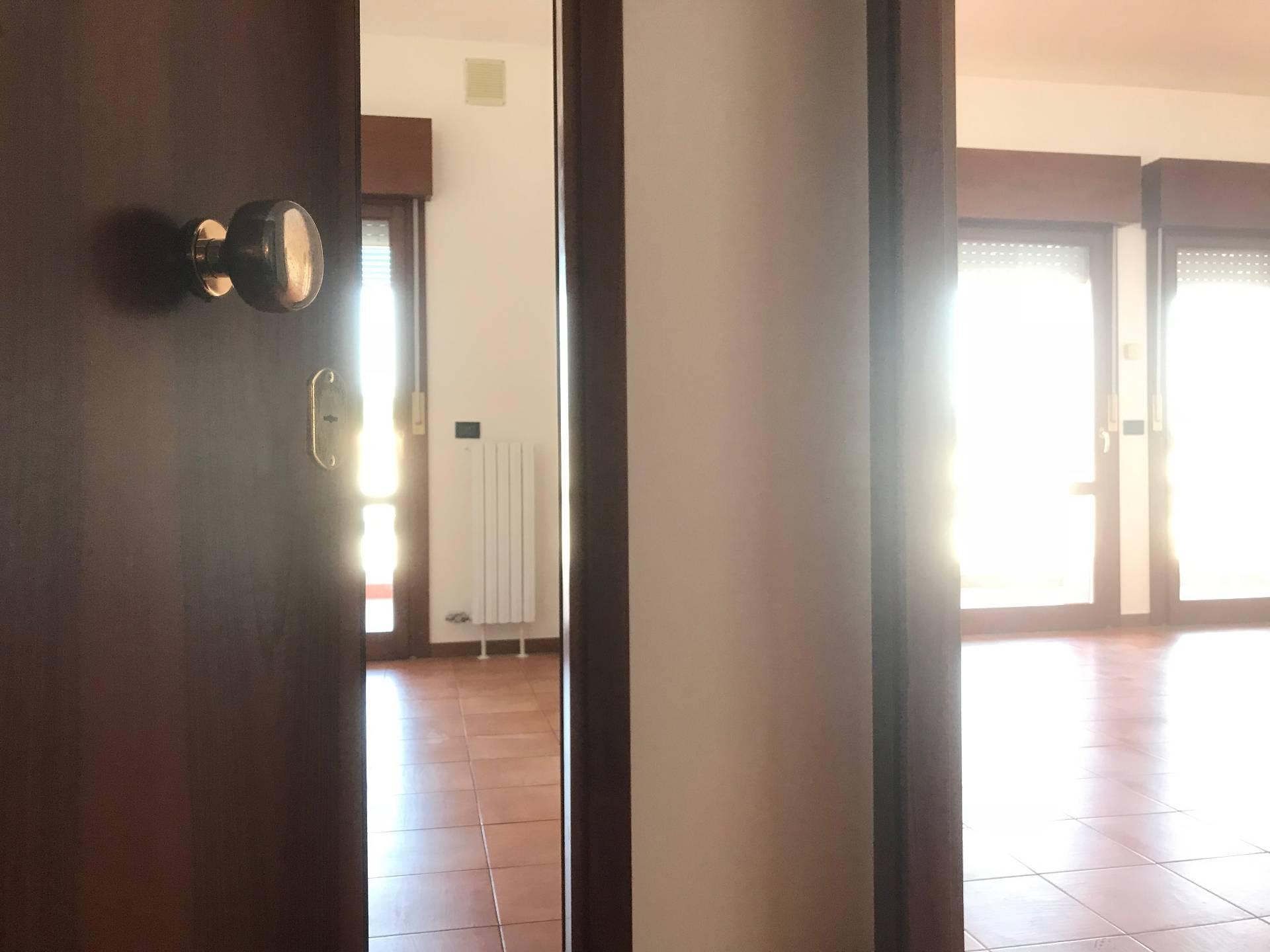 Ufficio / Studio in affitto a Treviso, 9999 locali, prezzo € 750   PortaleAgenzieImmobiliari.it