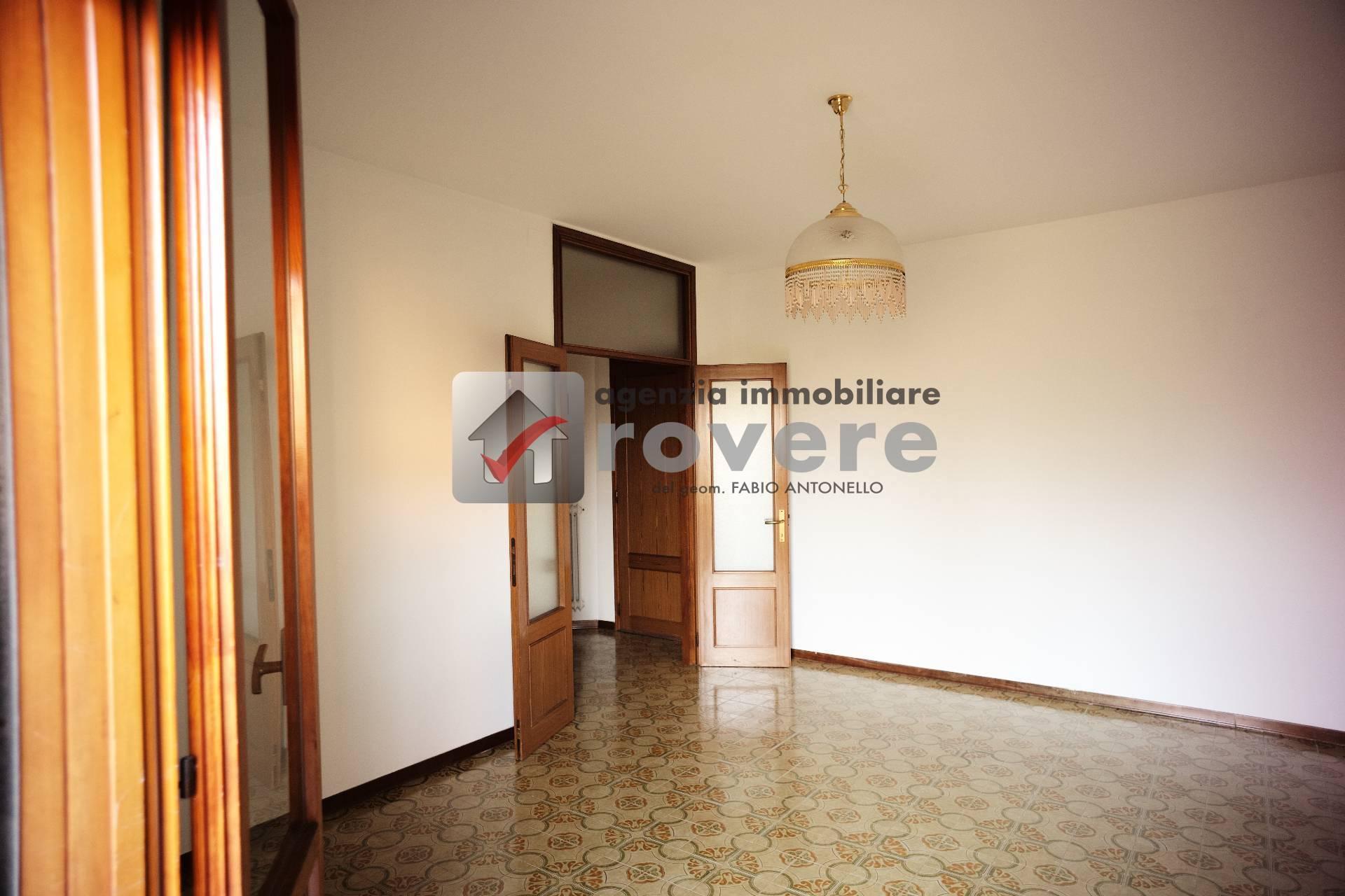 Appartamento in vendita a Treviso, 4 locali, zona Località: S.MariadelRovere, prezzo € 80.000   PortaleAgenzieImmobiliari.it