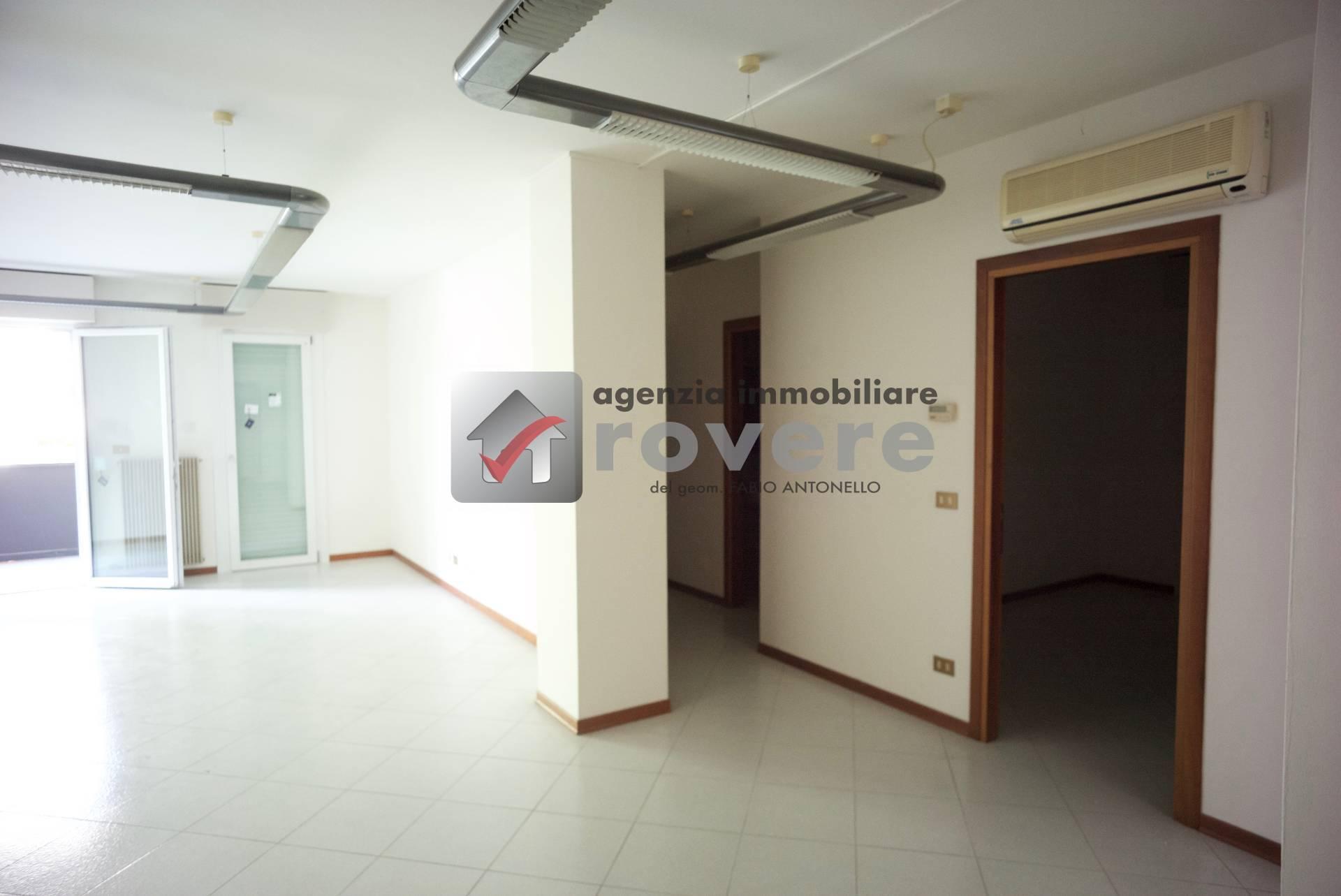 Ufficio / Studio in affitto a Treviso, 9999 locali, zona Località: S.Antonino, prezzo € 900   PortaleAgenzieImmobiliari.it