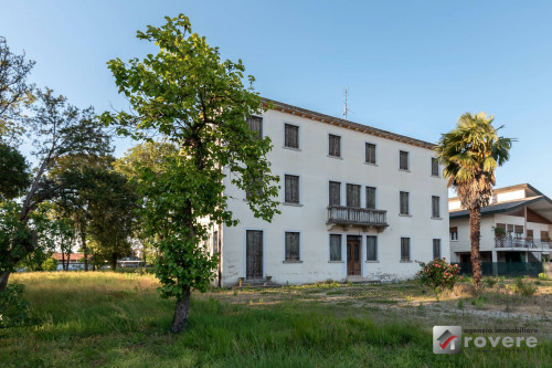 Villa in Vendita a Monastier di Treviso