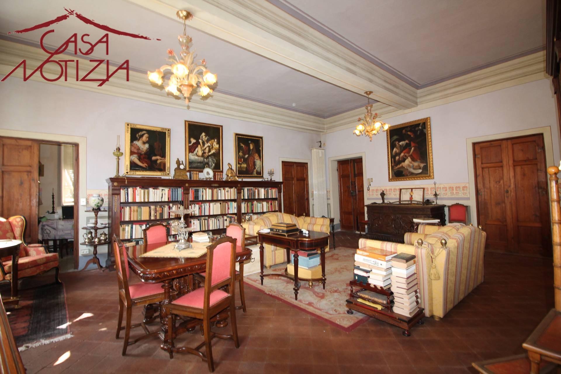 Ufficio Casa Lucca : Agenzia immobiliare dimensione casa immobiliare lucca zona generica